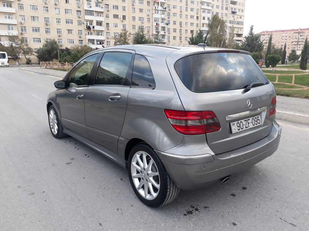 Mercedes-Benz B 180 2.0(lt) 2006 Second hand  $7200