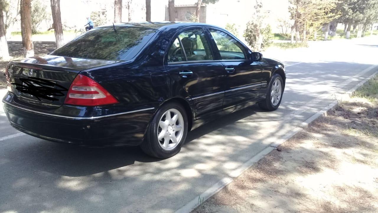 Mercedes-Benz C 240 2.6(lt) 2002 İkinci əl  $6500