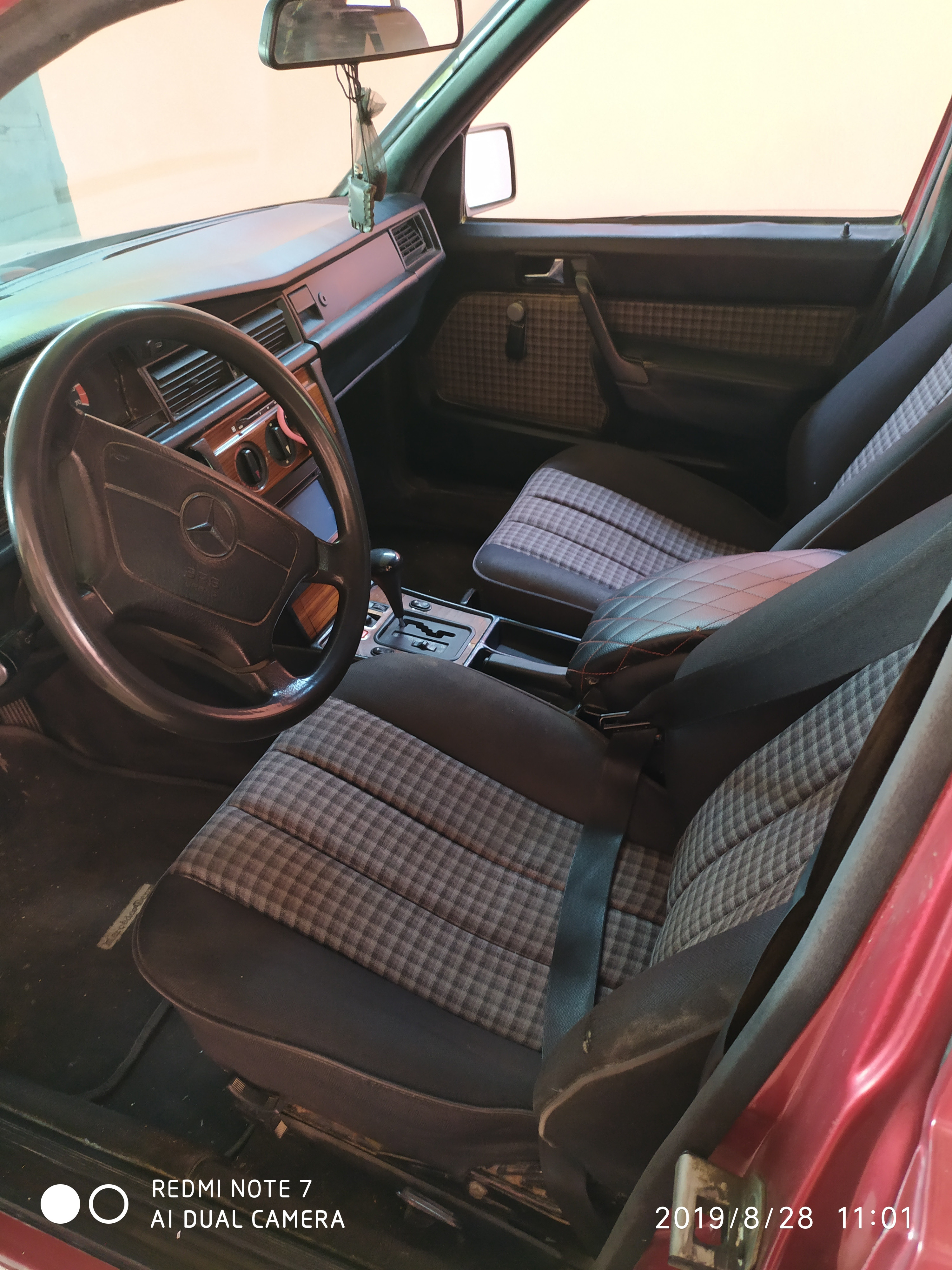 Mercedes-Benz 190 2.0(lt) 1993 İkinci əl  $2700