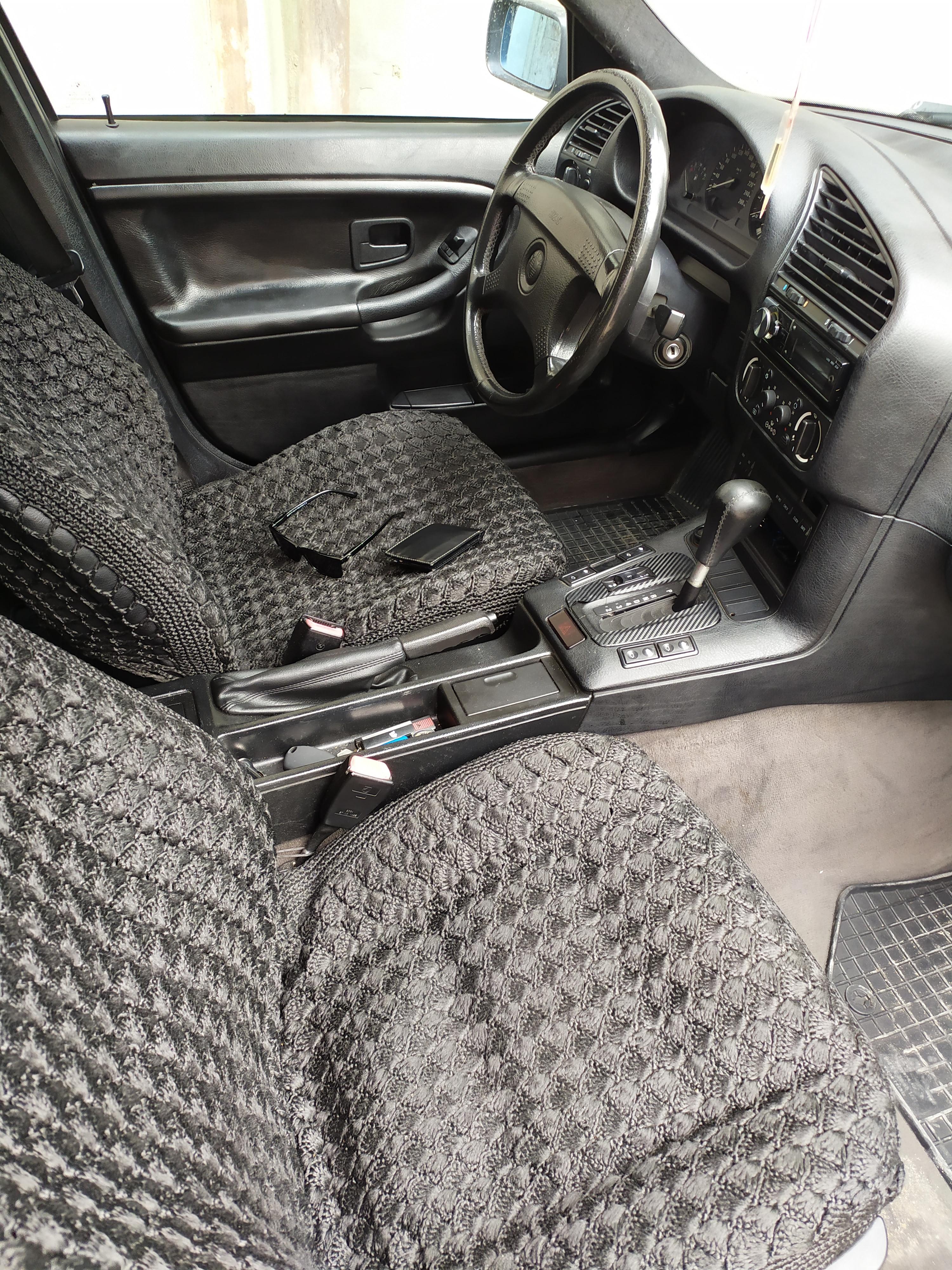 BMW 320 2.0(lt) 1995 Подержанный  $5900