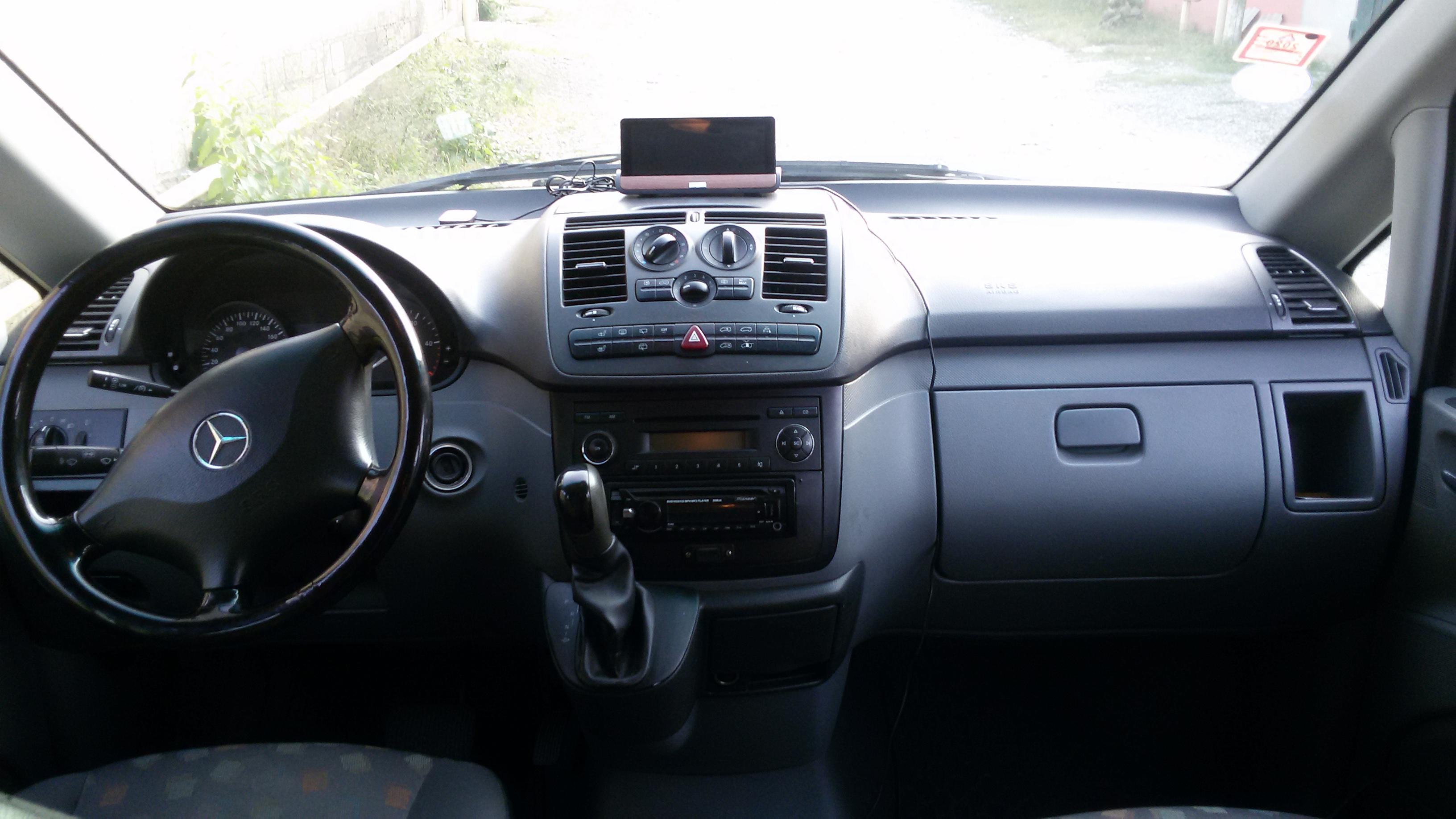 Mercedes-Benz Vito 2.2(lt) 2009 Подержанный  $17600