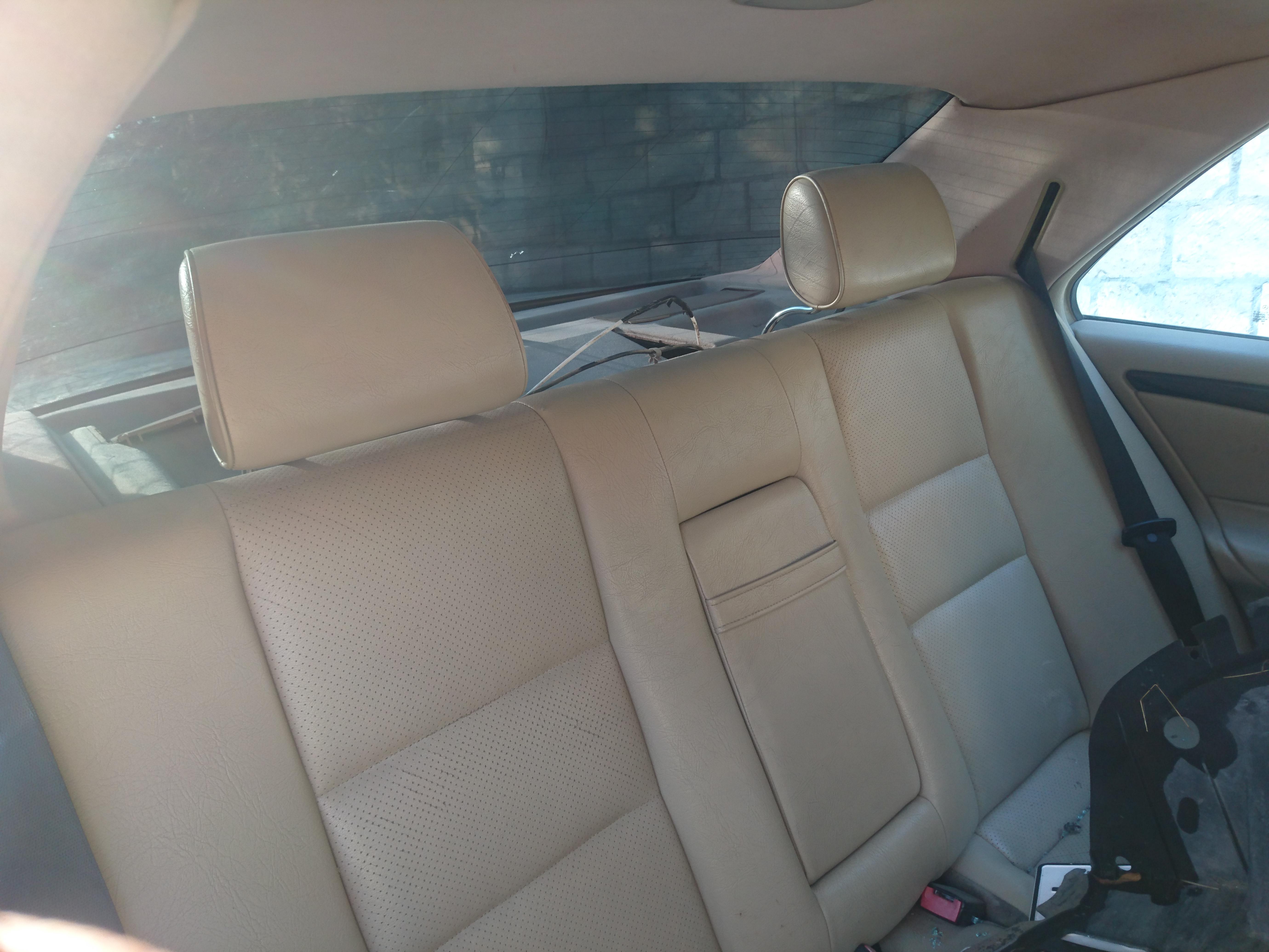 Mercedes-Benz C 230 2.3(lt) 2000 Second hand  $6600