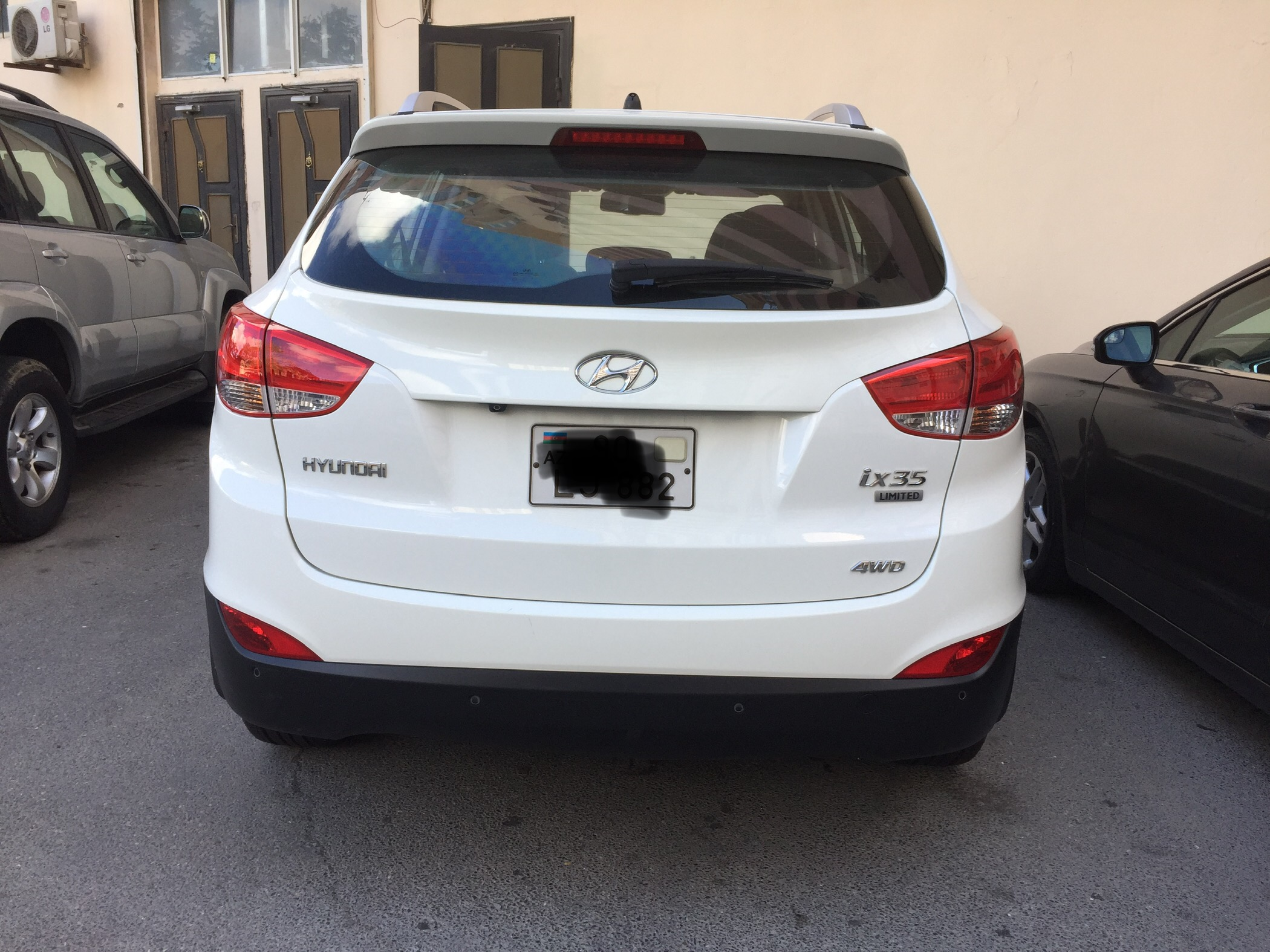 Hyundai ix 35 2.4(lt) 2011 Подержанный  $14000