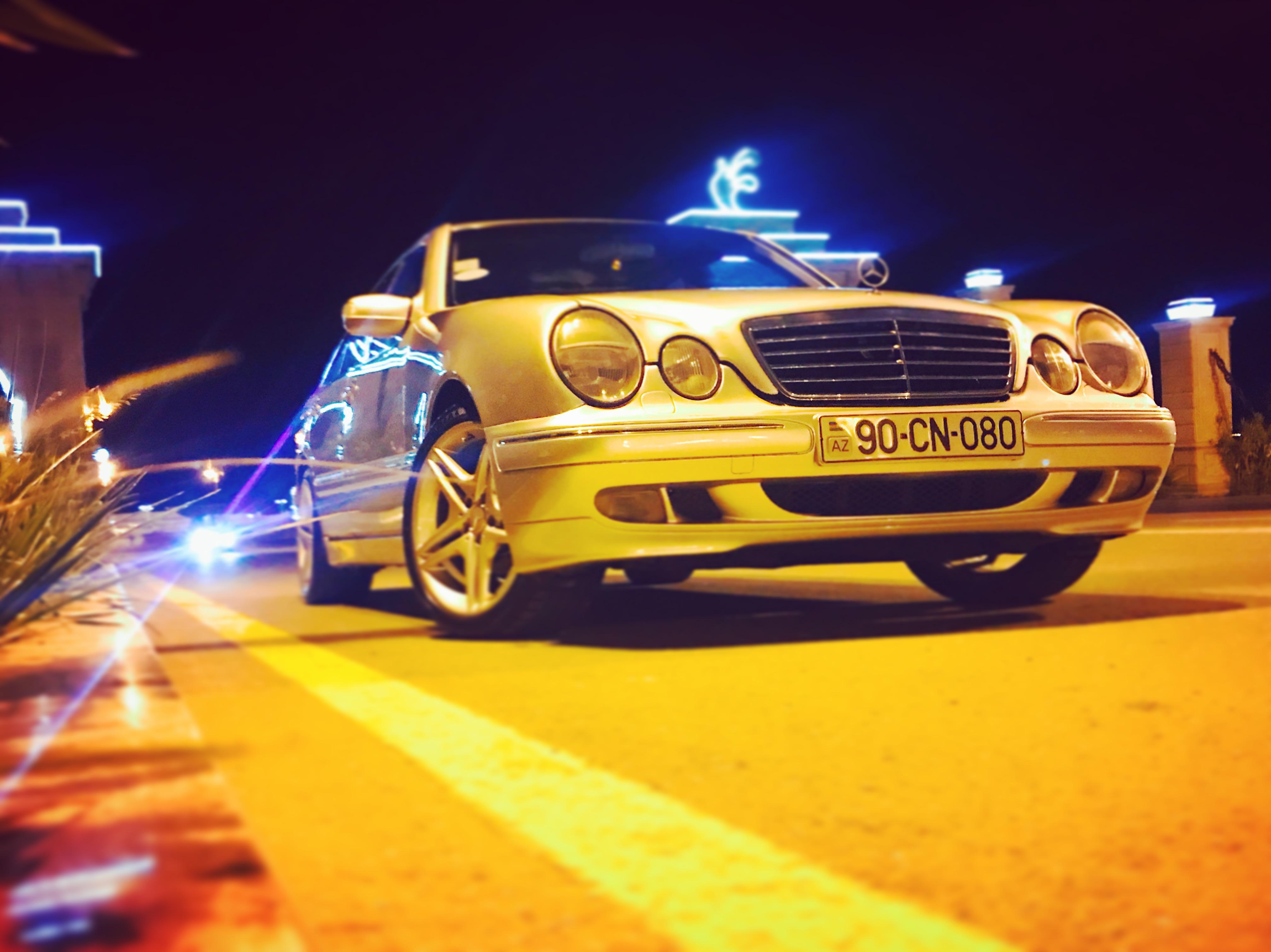 Mercedes-Benz E 240 2.4(lt) 2000 Second hand  $15500
