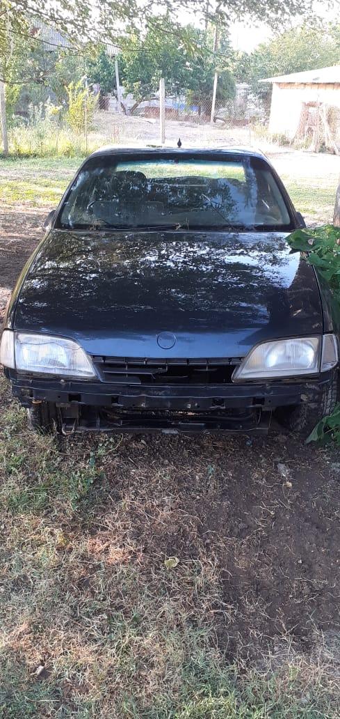 Opel Omega 2.3(lt) 1993 Подержанный  $500