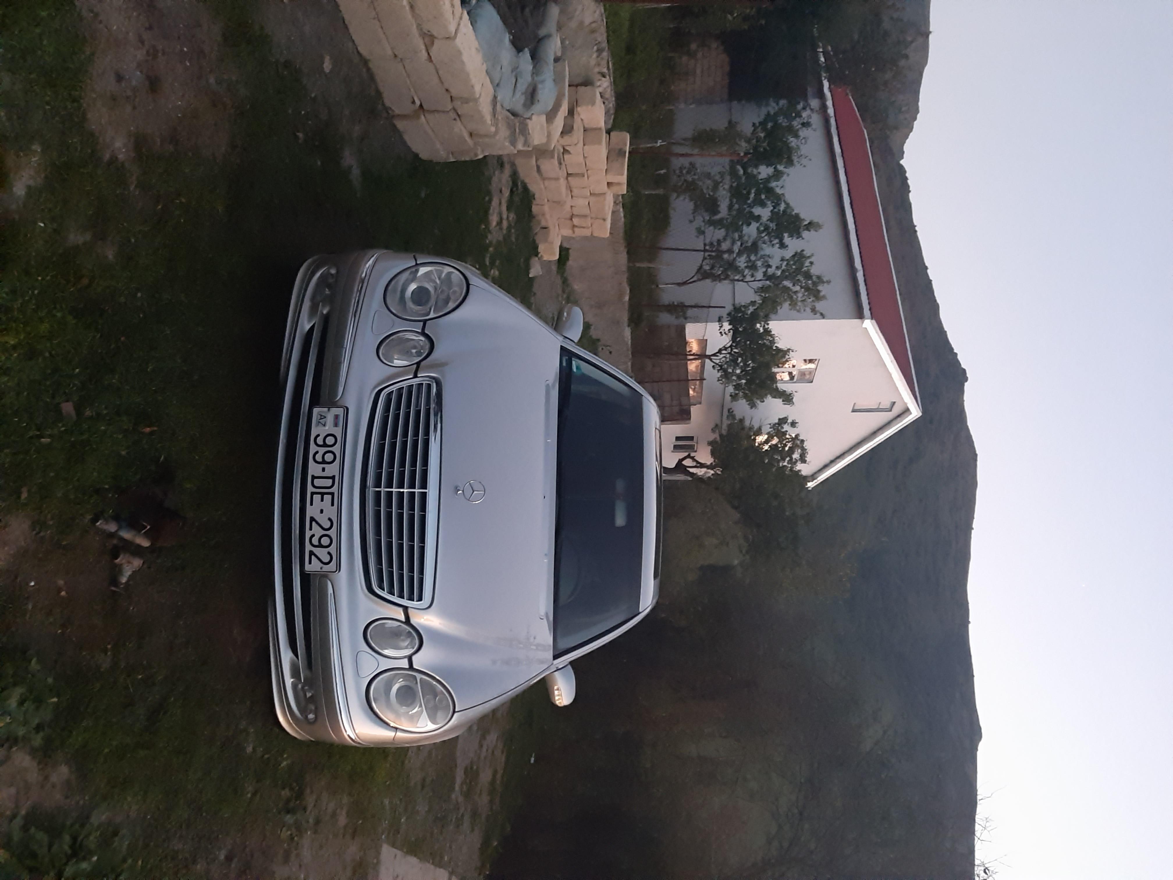 Mercedes-Benz E 240 2.6(lt) 2003 Подержанный  $9000