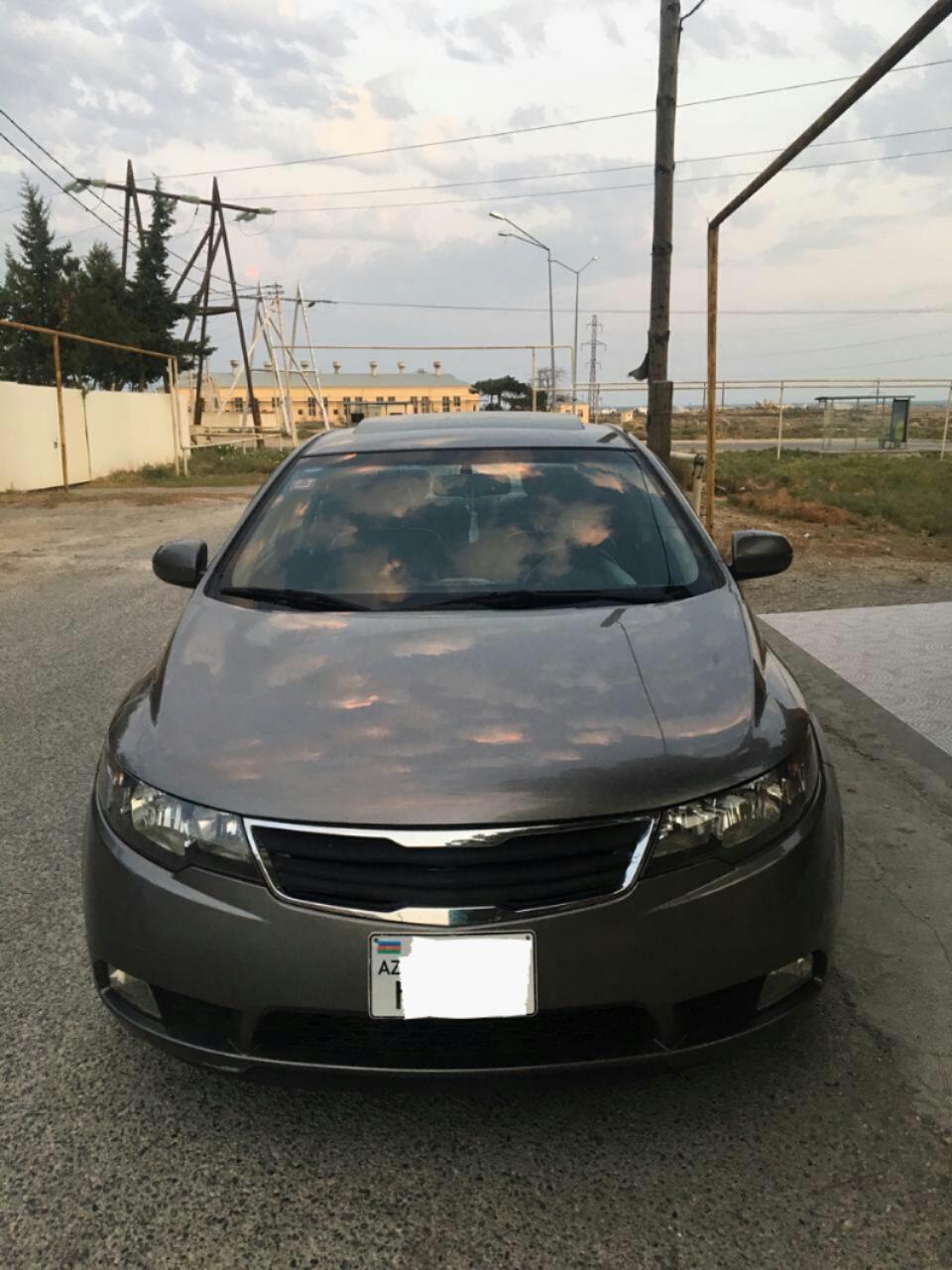 Kia Cerato 1.6(lt) 2011 Подержанный  $9200