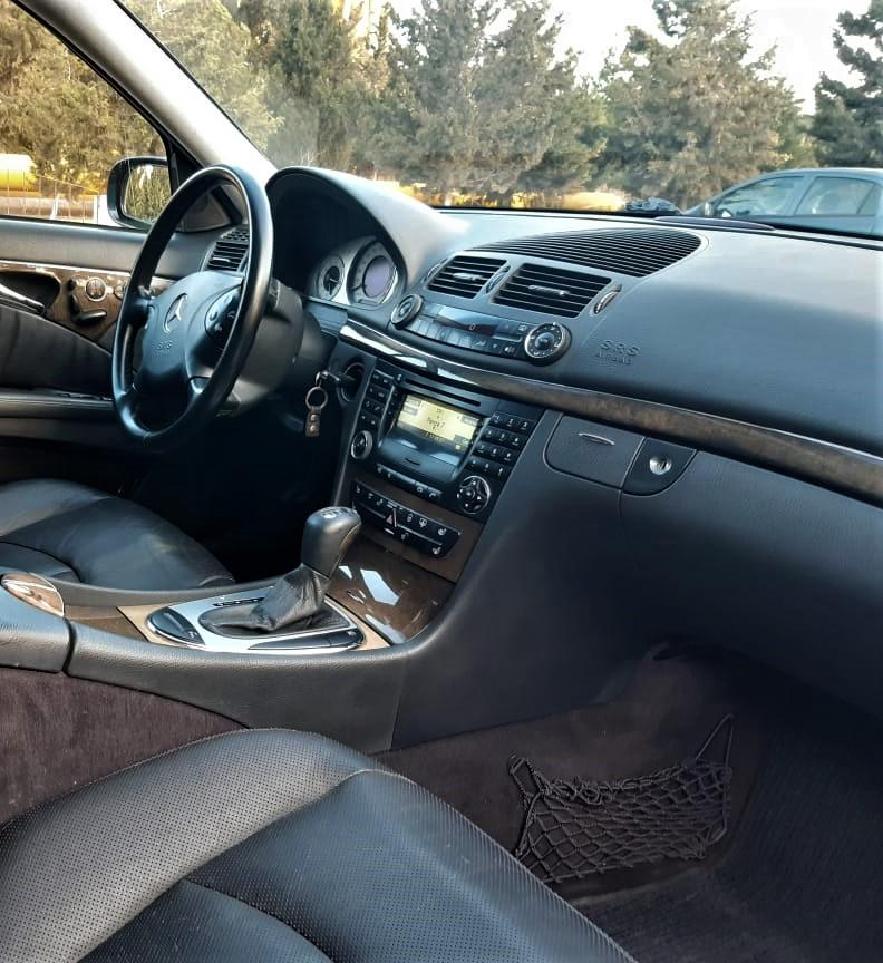 Mercedes-Benz E 320 3.2(lt) 2002 Second hand  $9600