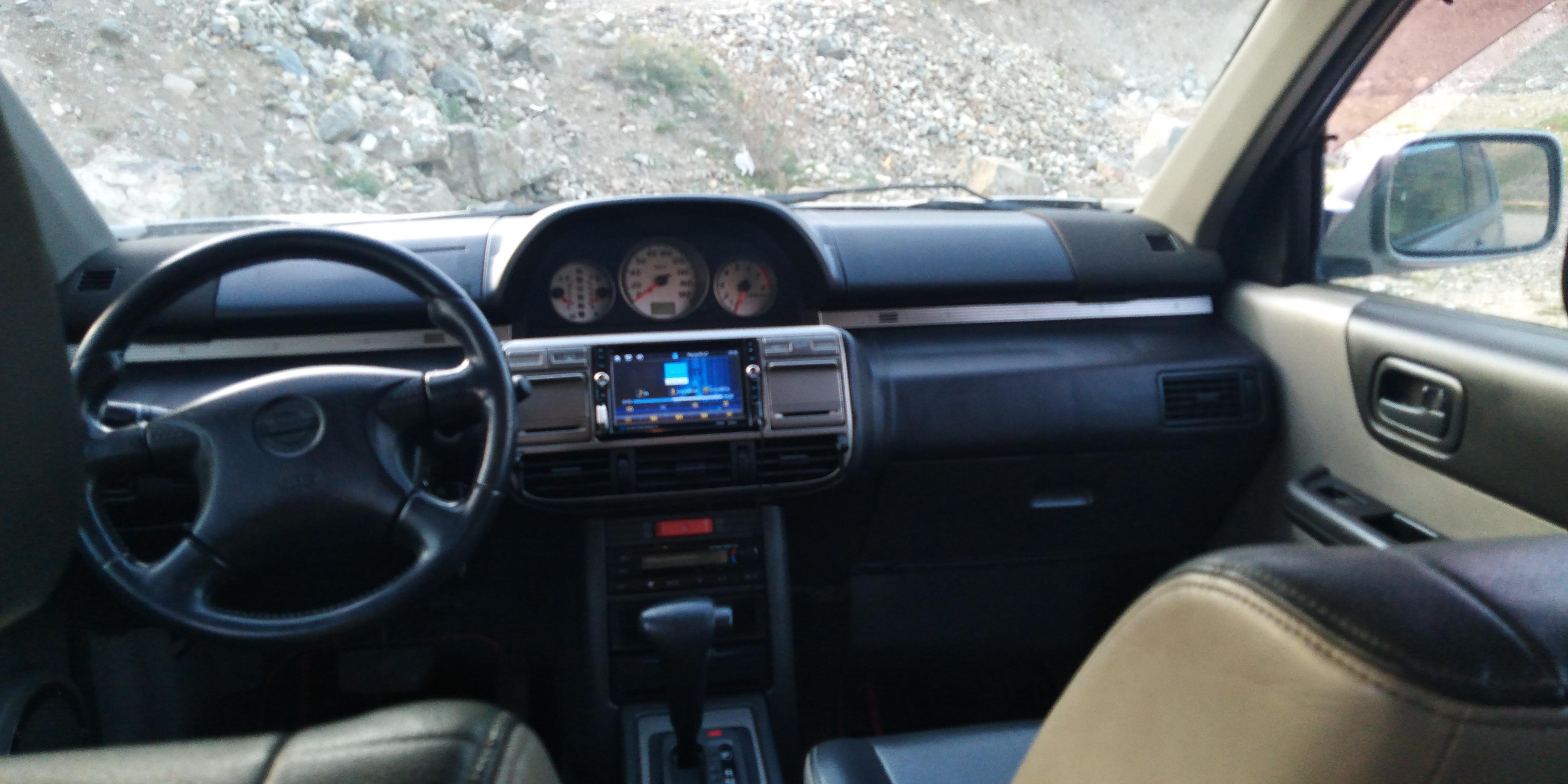 Nissan X-Trail 2.0(lt) 2002 Second hand  $10500