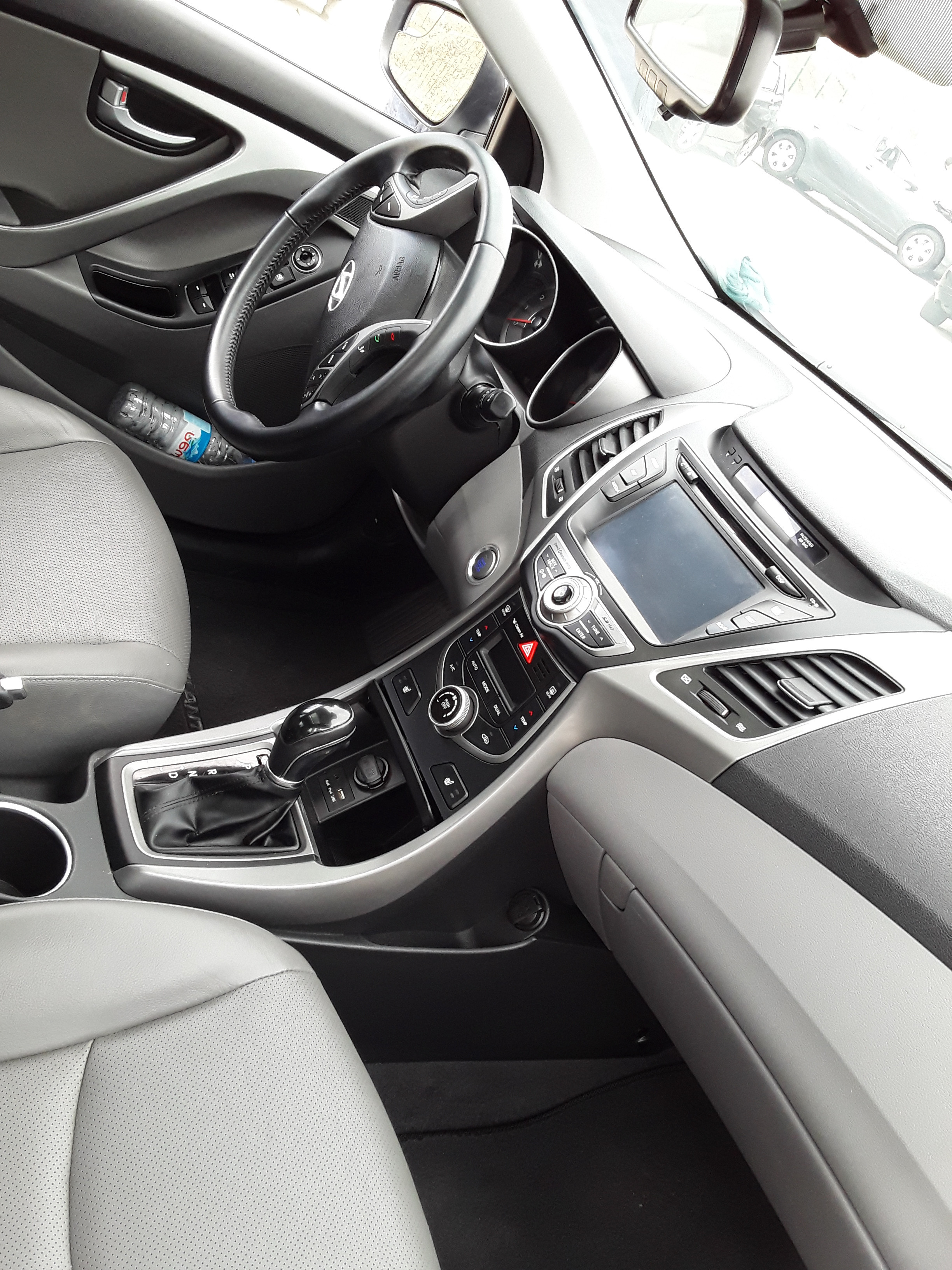 Hyundai Elantra 1.8(lt) 2015 İkinci əl  $7000