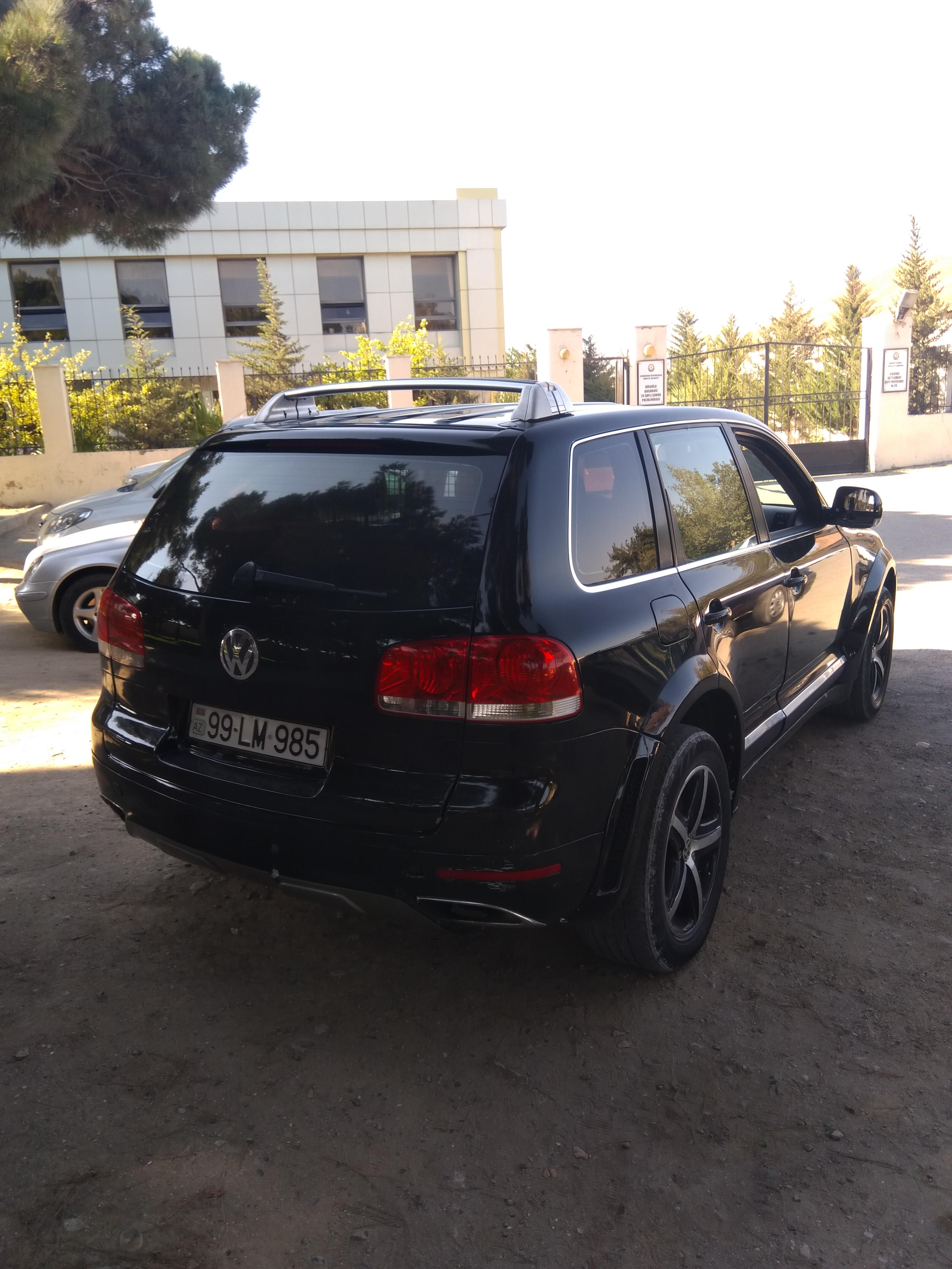 Volkswagen Touareg 4.2(lt) 2005 Подержанный  $8250