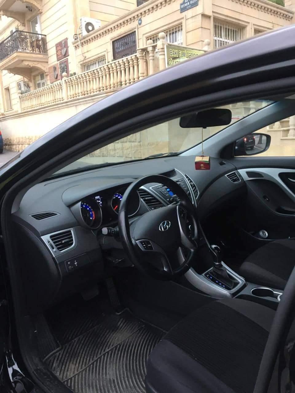 Hyundai Elantra 1.6(lt) 2015 İkinci əl  $24000