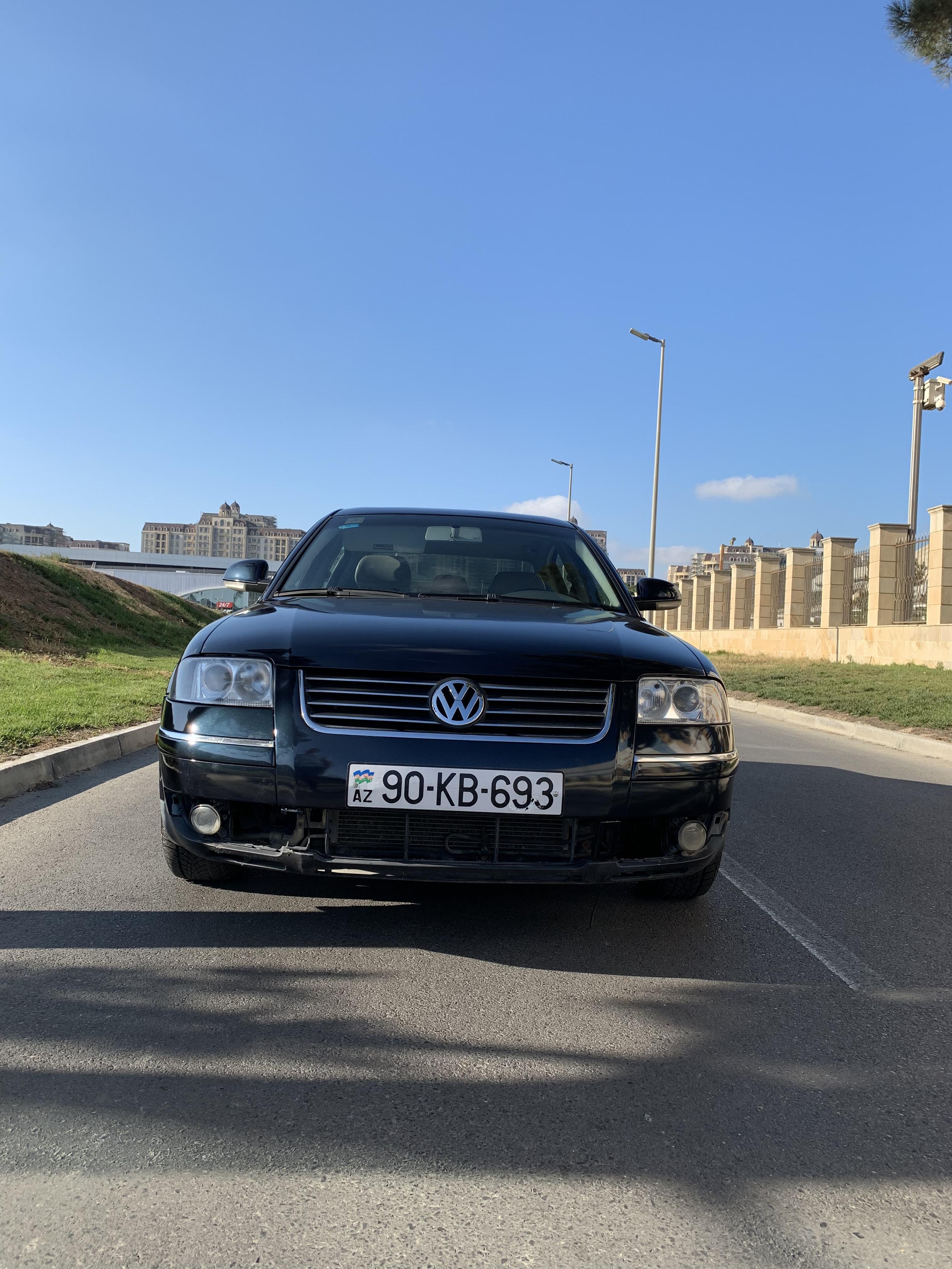 Volkswagen Passat 1.8(lt) 2004 Подержанный  $4529