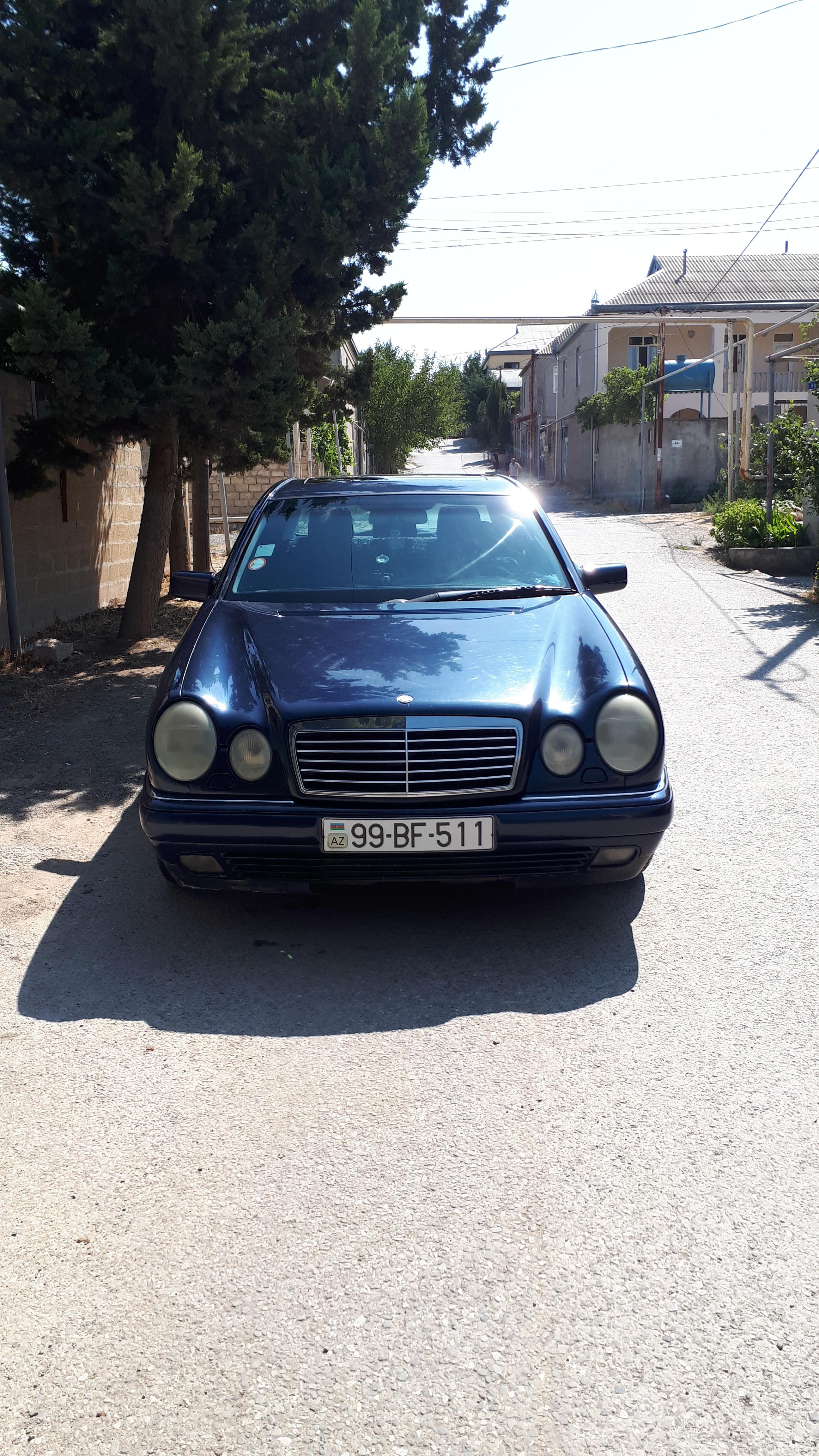 Mercedes-Benz E 240 2.4(lt) 1999 Second hand  $13300
