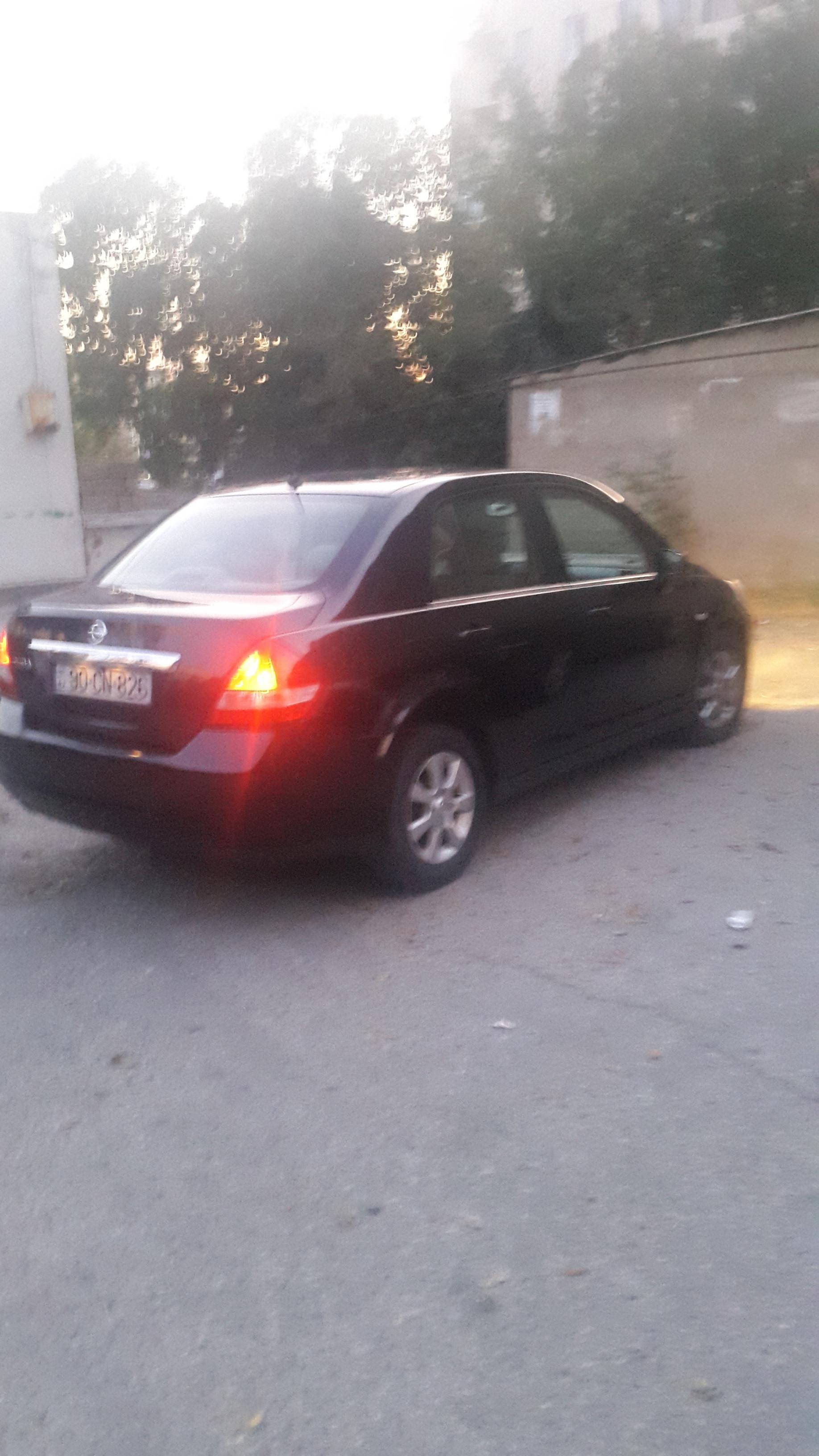 Nissan Tiida 1.6(lt) 2008 İkinci əl  $13000