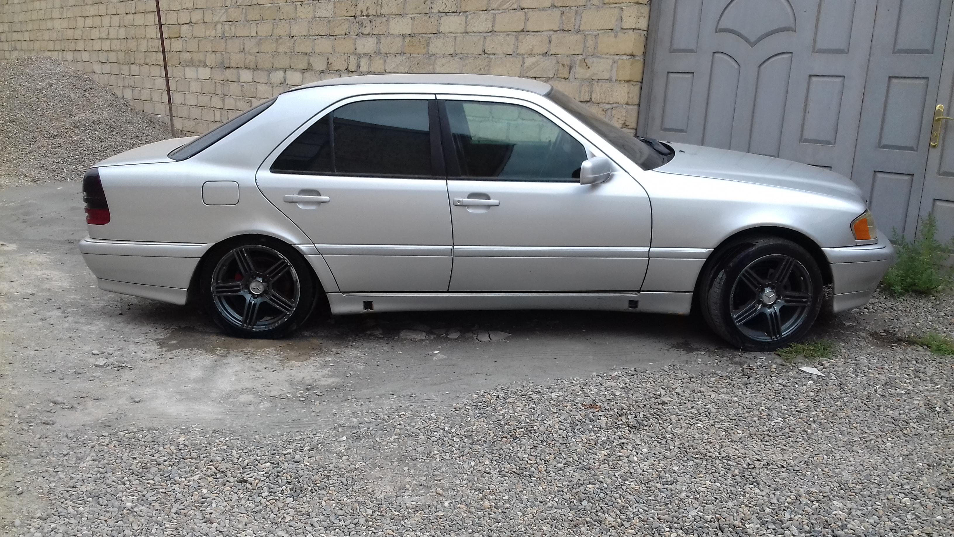 Mercedes-Benz C 180 1.8(lt) 1996 Second hand  $7200