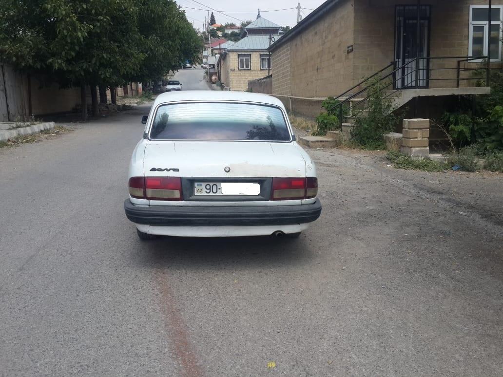 GAZ 3110 2.4(lt) 1998 Подержанный  $2800