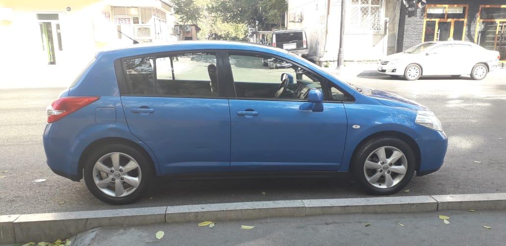 Nissan Tiida 1.6(lt) 2008 Подержанный  $7700
