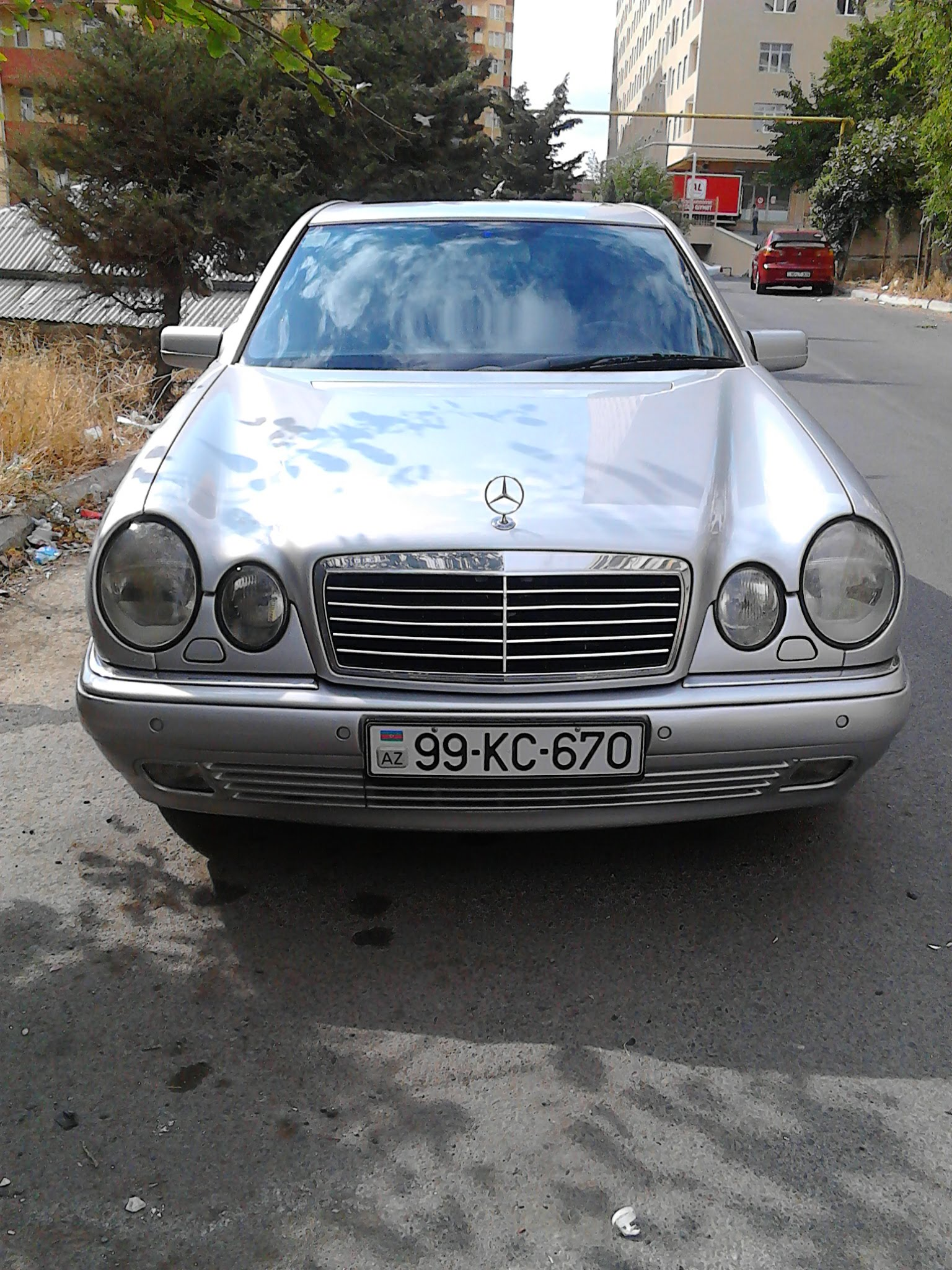 Mercedes-Benz E 280 2.8(lt) 1998 İkinci əl  $7300