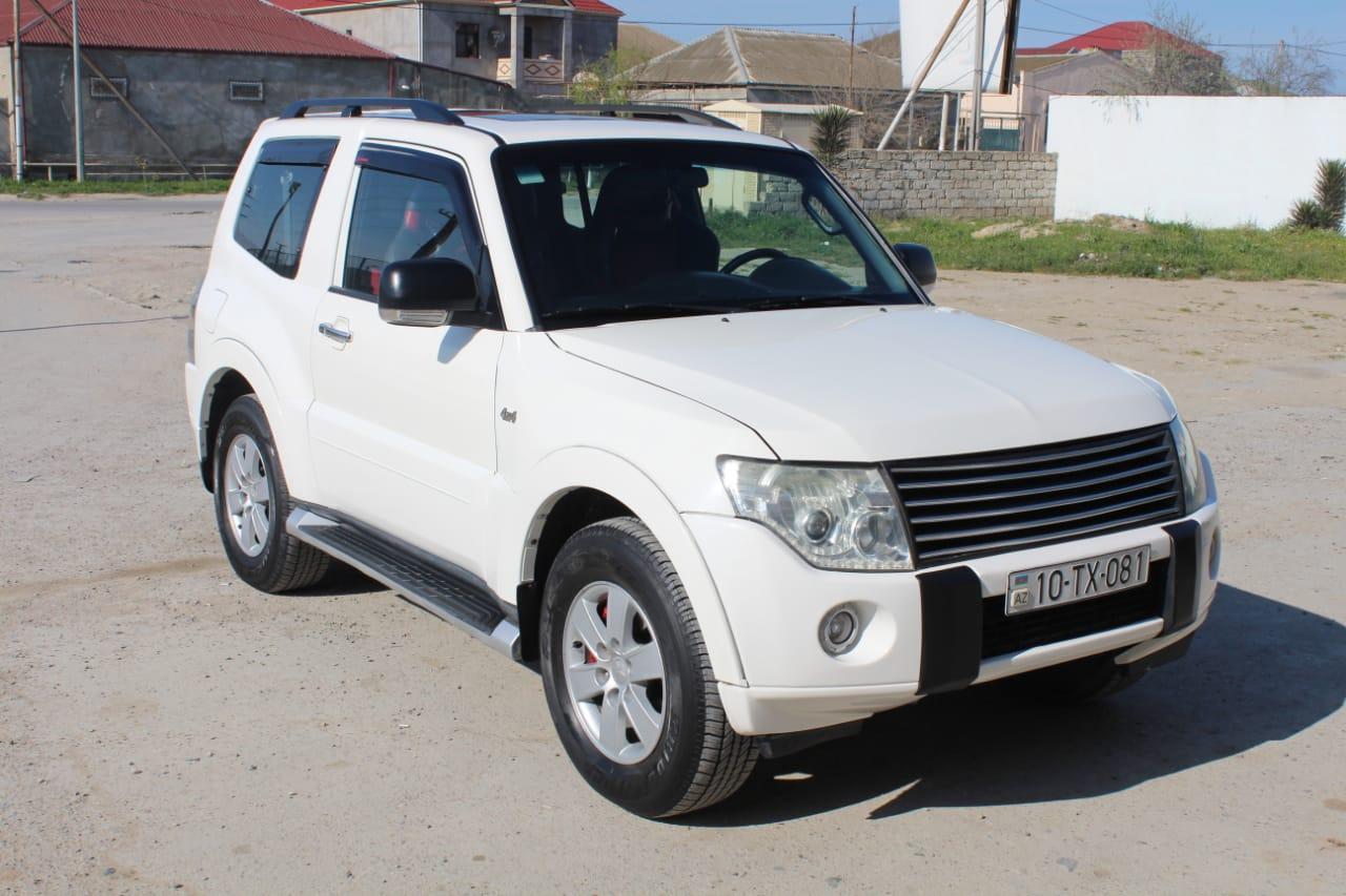 Mitsubishi Pajero 3.0(lt) 2007 Подержанный  $15000
