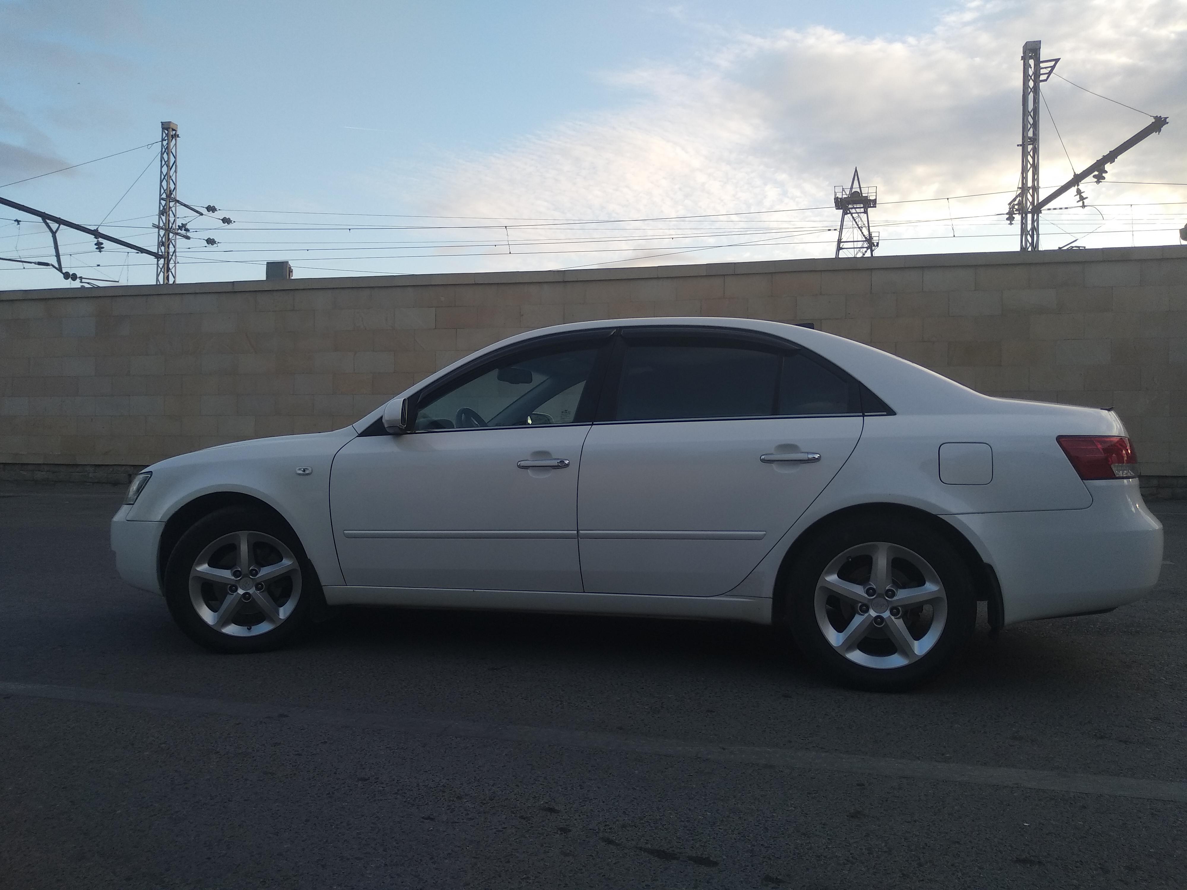 Hyundai Sonata 2.4(lt) 2007 Подержанный  $14100
