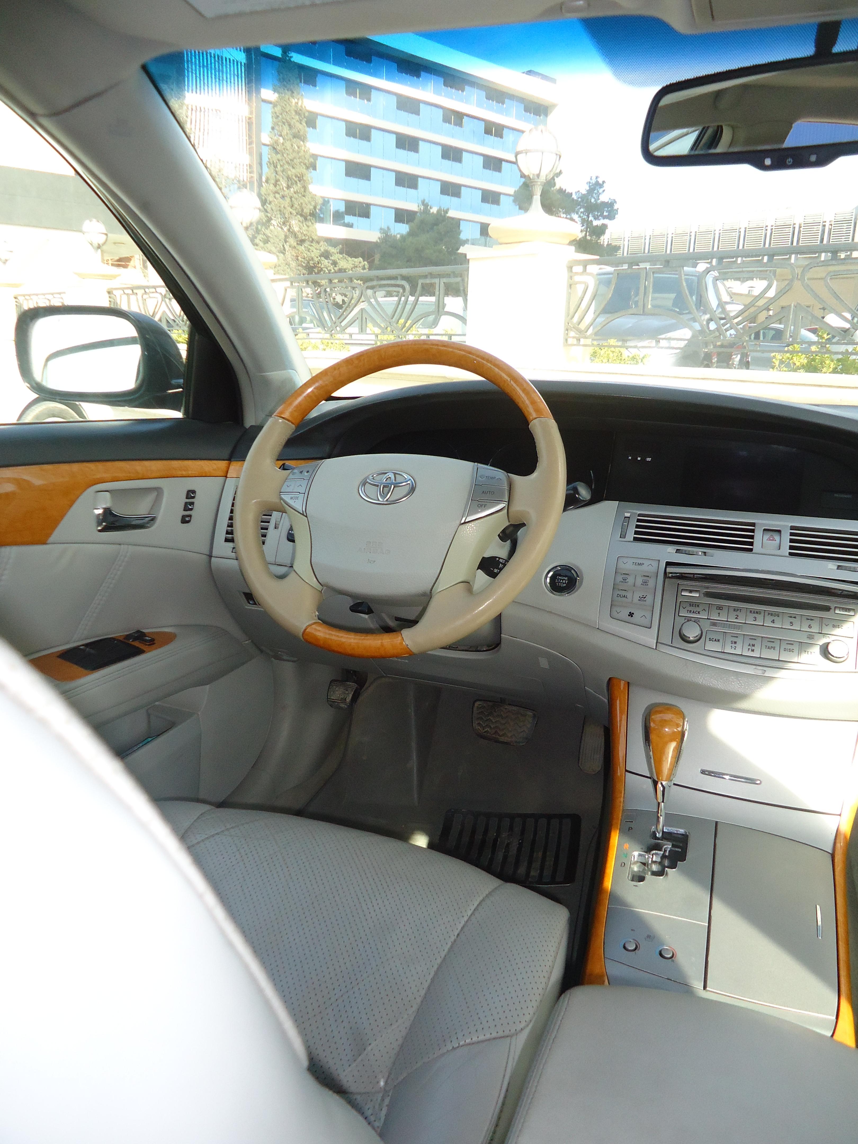 Toyota Avalon 3.5(lt) 2005 Подержанный  $14000