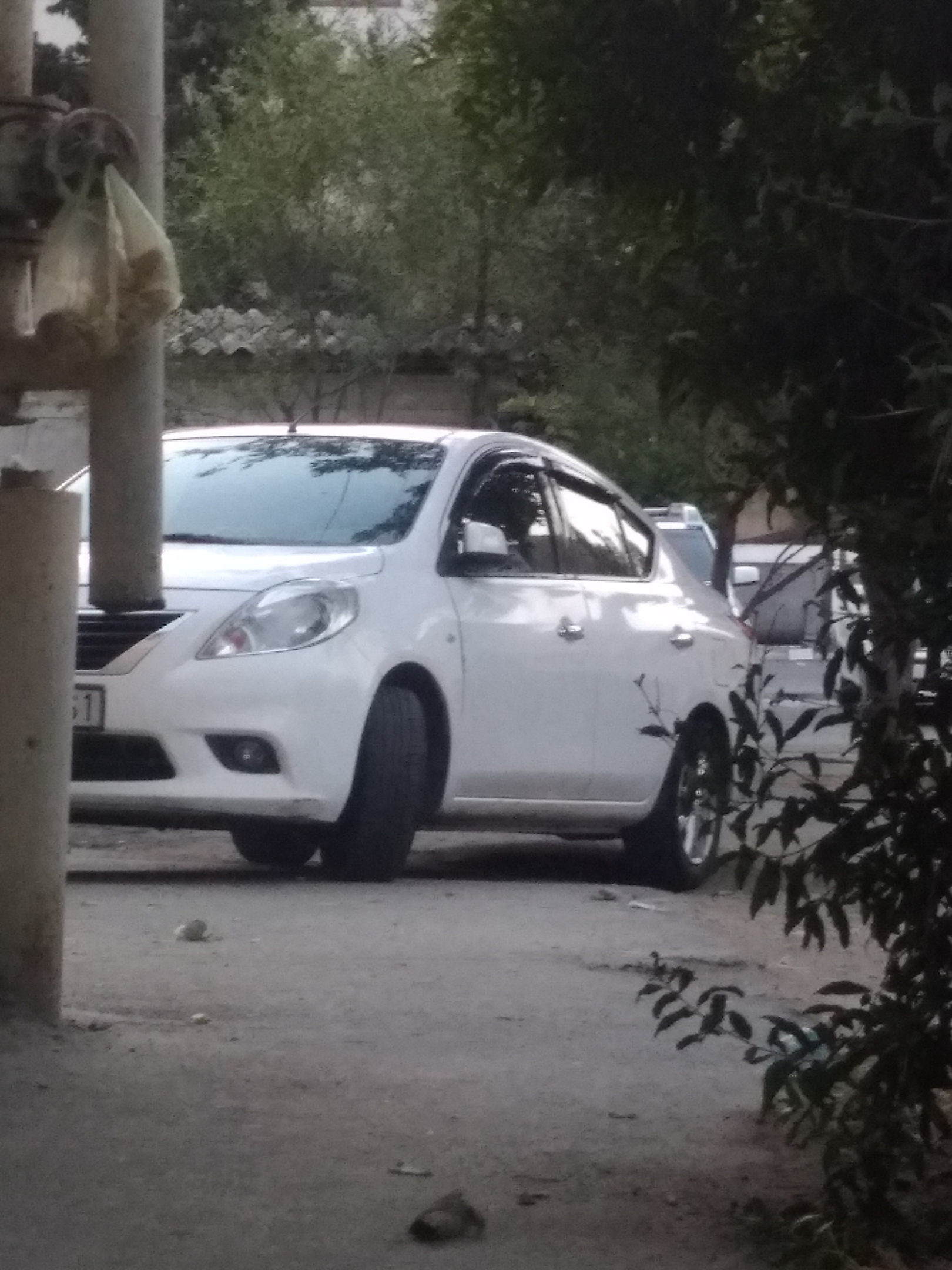Nissan Sunny 1.5(lt) 2012 İkinci əl  $10000