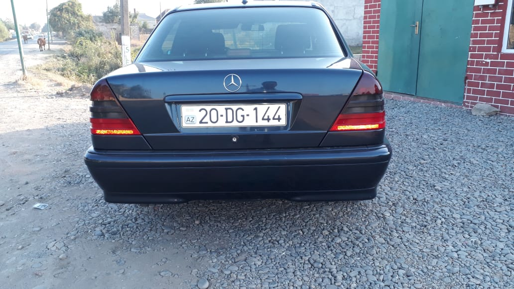 Mercedes-Benz C 180 1.8(lt) 1998 Second hand  $1500