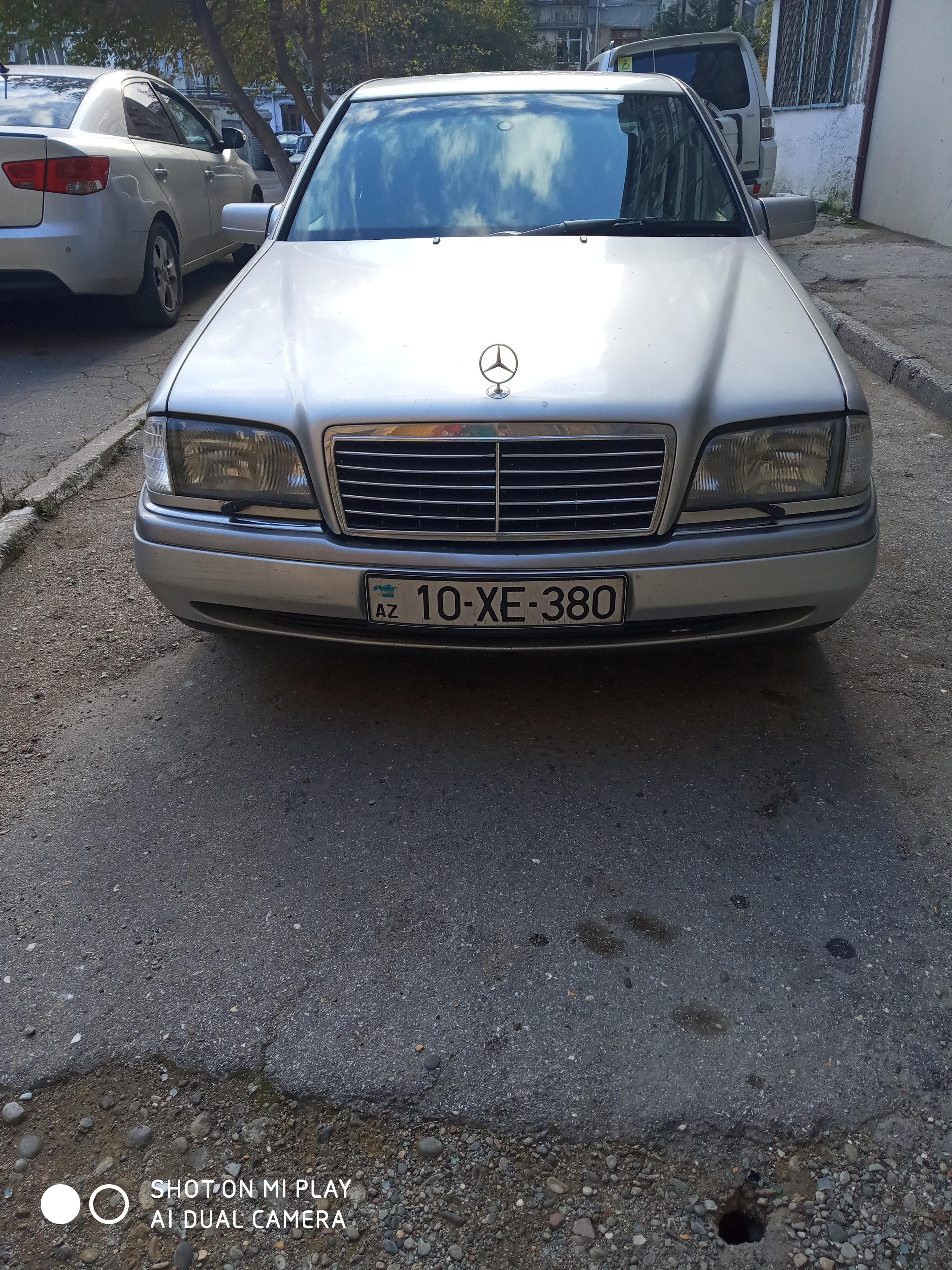 Mercedes-Benz C 280