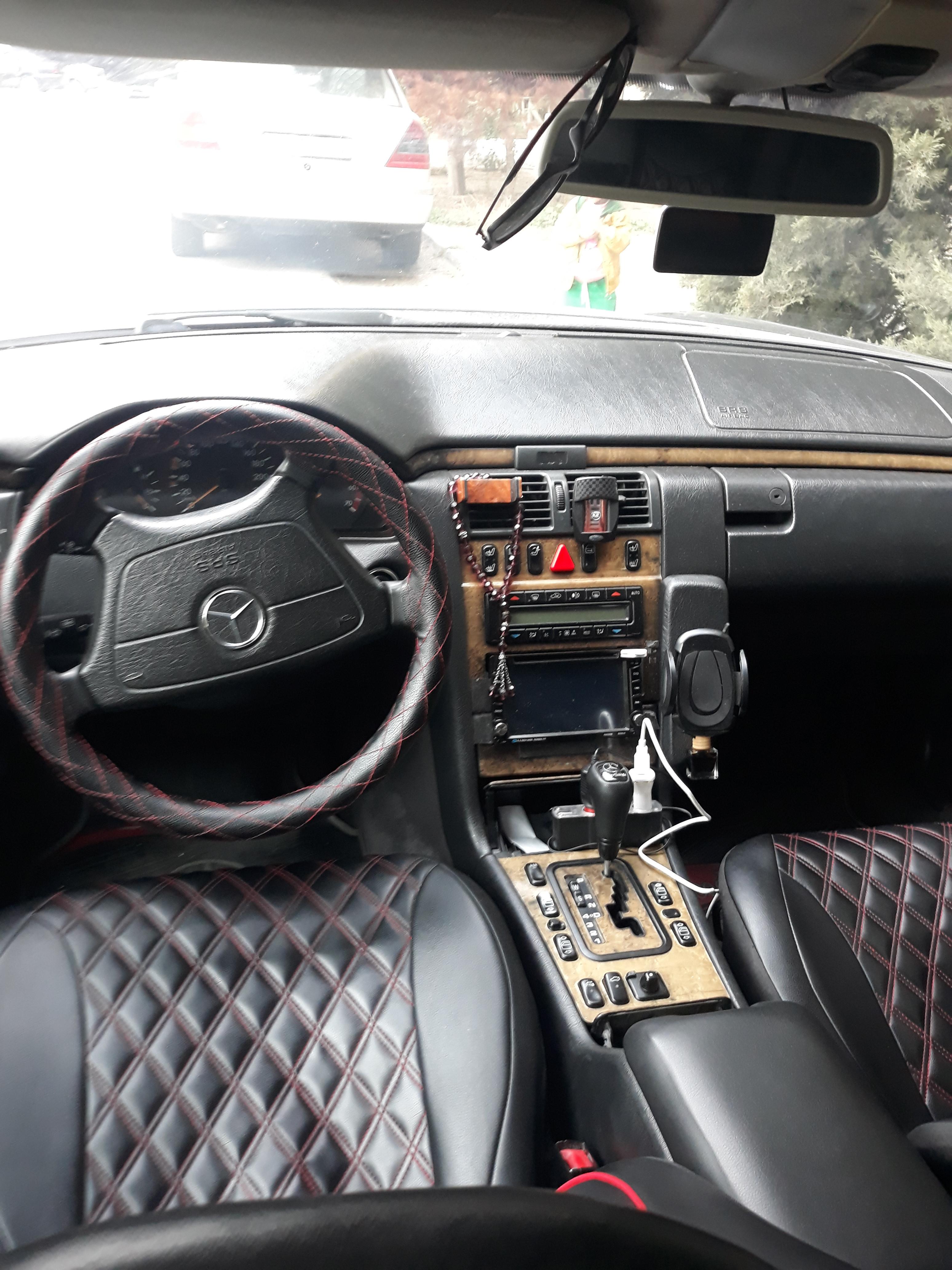 Mercedes-Benz E 240 2.4(lt) 1999 Second hand  $6600