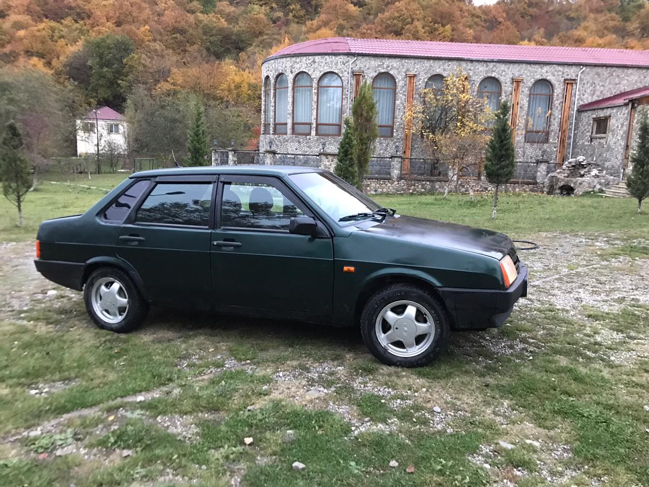 VAZ 21099 1.5(lt) 2004 Подержанный  $3300