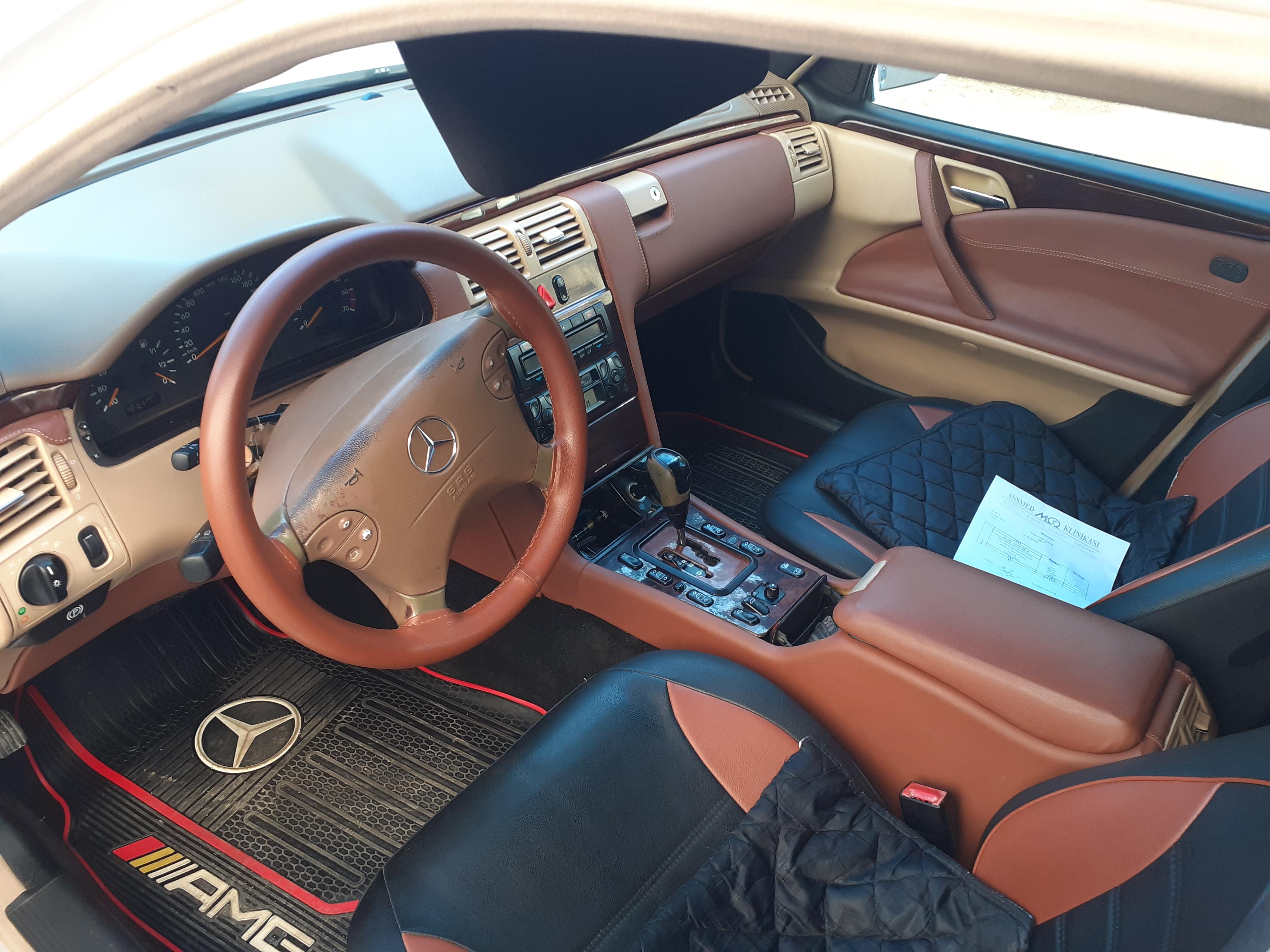 Mercedes-Benz E 240 2.6(lt) 2001 Second hand  $9500