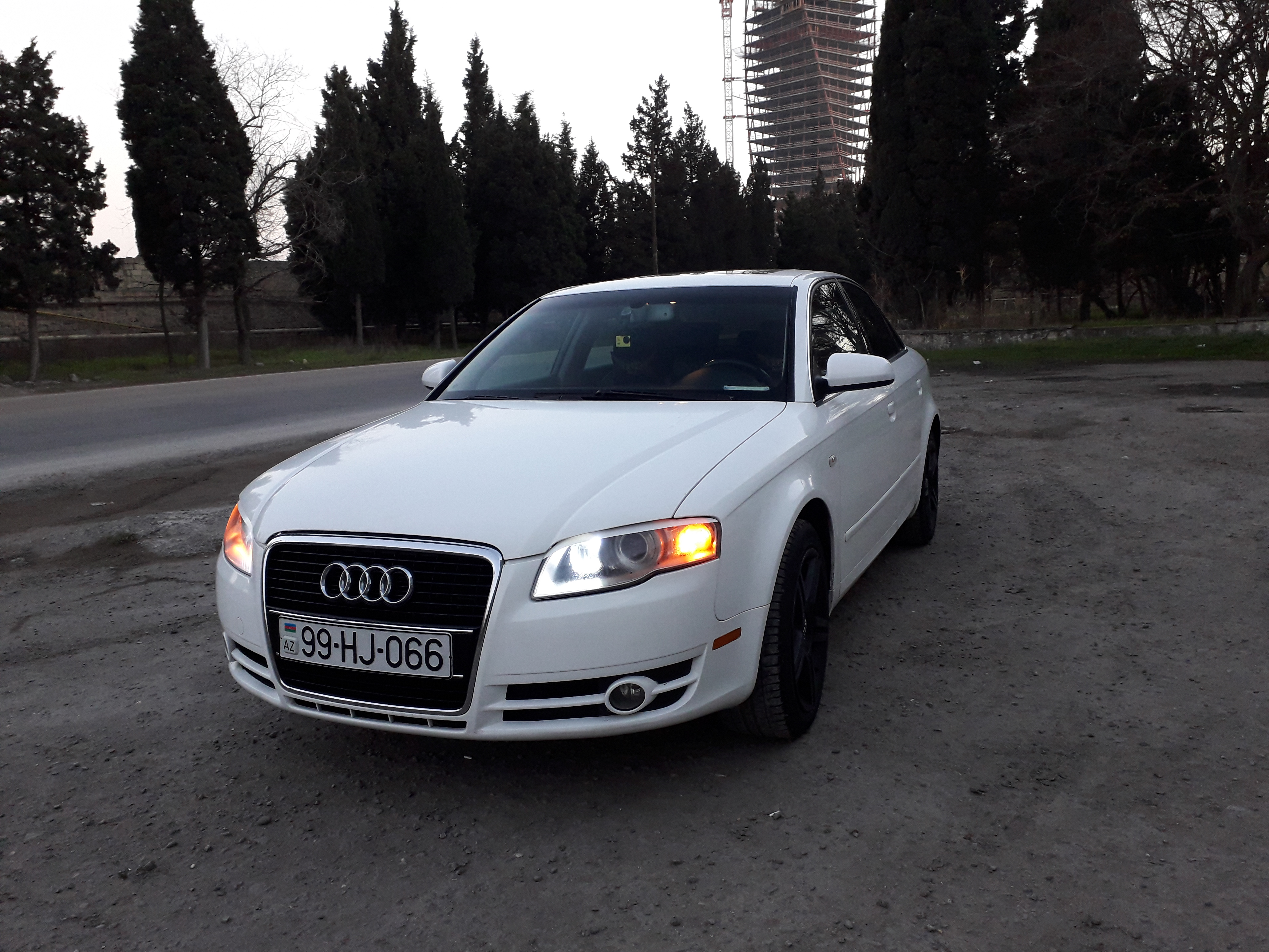 Audi A4 2.0(lt) 2007 Подержанный  $7530