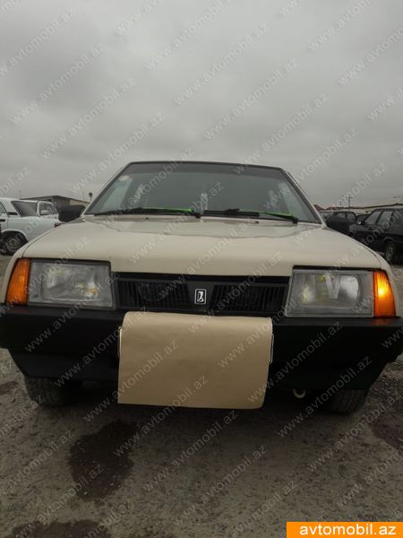 VAZ 2109 1.5(lt) 1988 İkinci əl  $2400