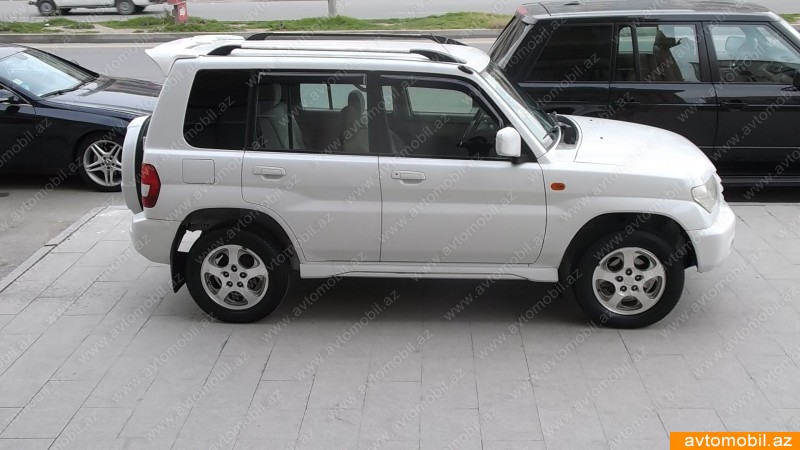 Mitsubishi Pajero iO Urgent sale Second hand 2002 8900