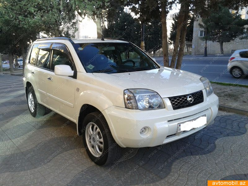 nissan x trail urgent sale second hand 2003 10800 gasoline transmission automatic 121200. Black Bedroom Furniture Sets. Home Design Ideas