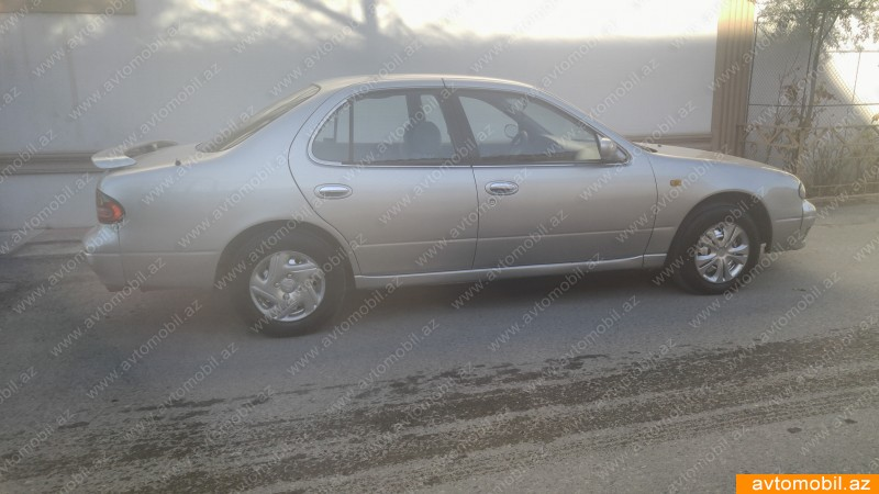 Nissan Bluebird 2.0(lt) 1997 İkinci əl  $3700