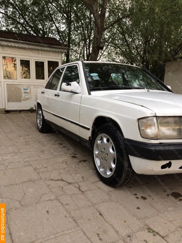 Mercedes benz 190 urgent sale second hand 1984 1530 for Mercedes benz second hand for sale