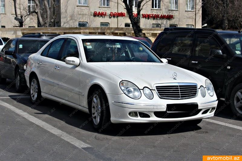 mercedes benz e 220 avantgarde urgent sale second hand 2004 7200 diesel transmission. Black Bedroom Furniture Sets. Home Design Ideas