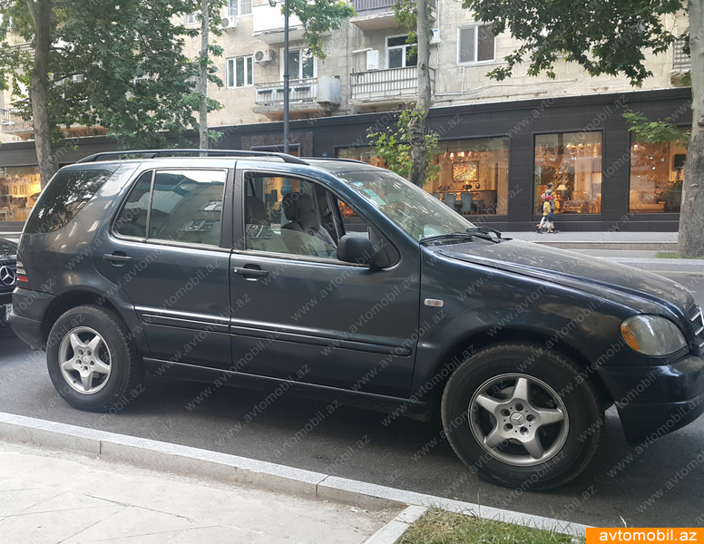 Mercedes benz ml 320 urgent sale second hand 2000 8000 for Mercedes benz second hand cars