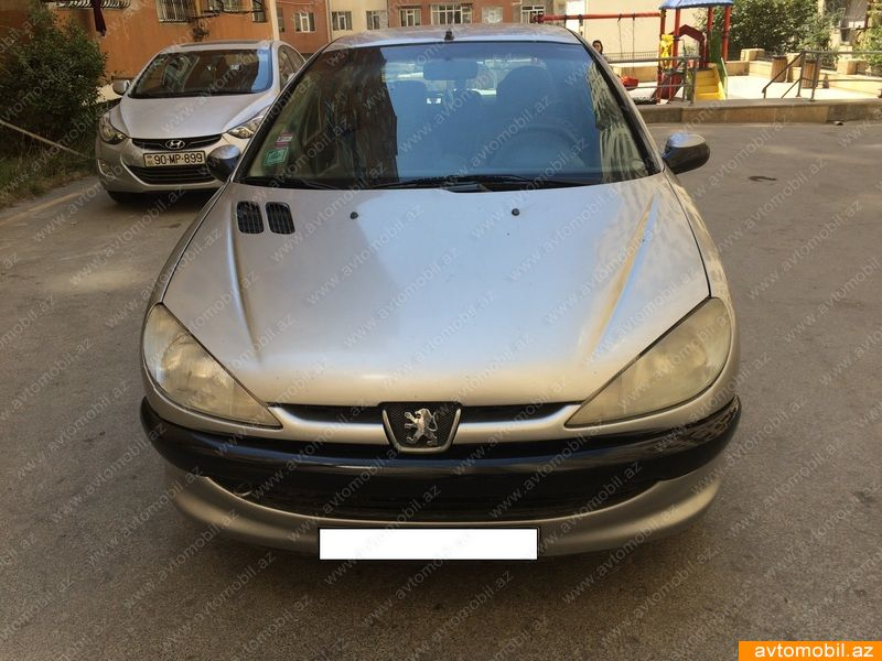 Peugeot 206 1.4(lt) 2004 İkinci əl  $2800