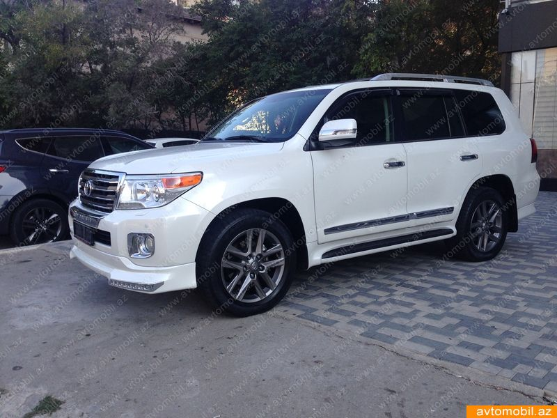 Toyota Land Cruiser 4.6(lt) 2013 Подержанный  $45700