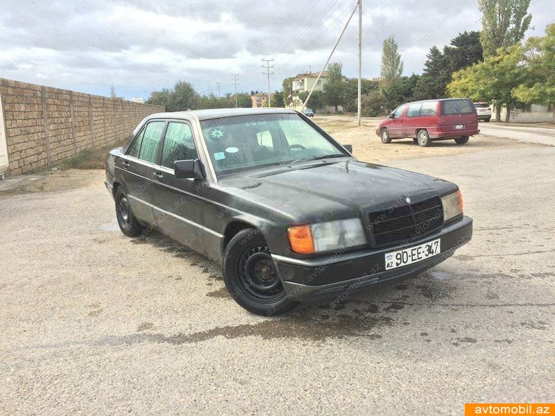 Mercedes benz 190 second hand 1992 2478 gasoline for Mercedes benz 2nd hand