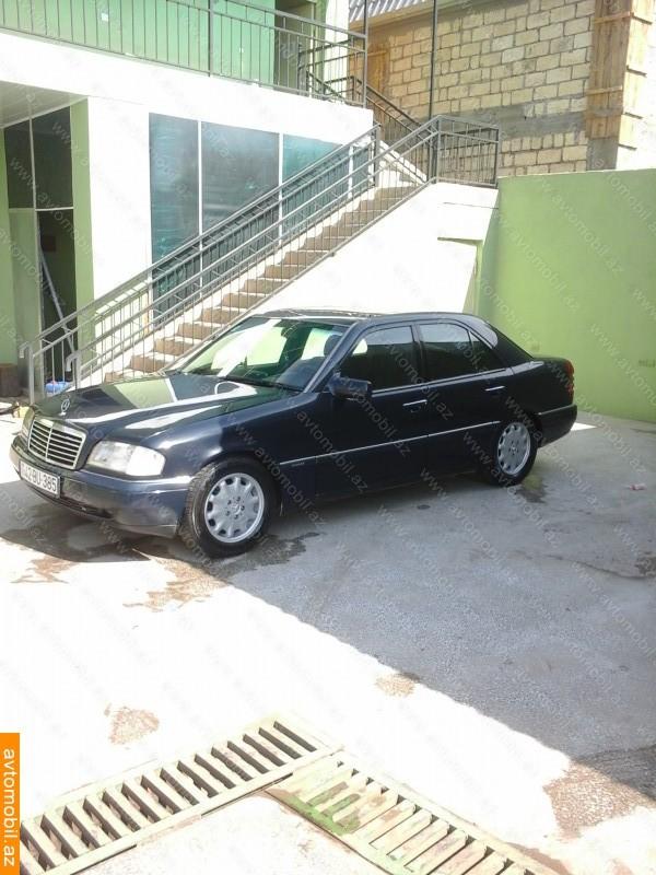 Mercedes-Benz C 220 2.2(lt) 1993 Подержанный  $3200