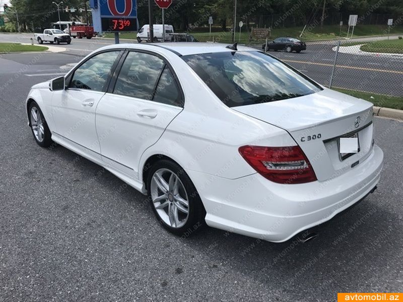 Mercedes benz c 300 4matic second hand 2014 6000 for 2nd hand mercedes benz