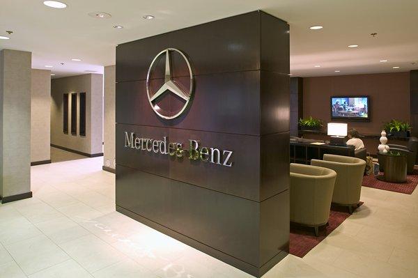 Mercedes-Benz ilə qayğısız yay