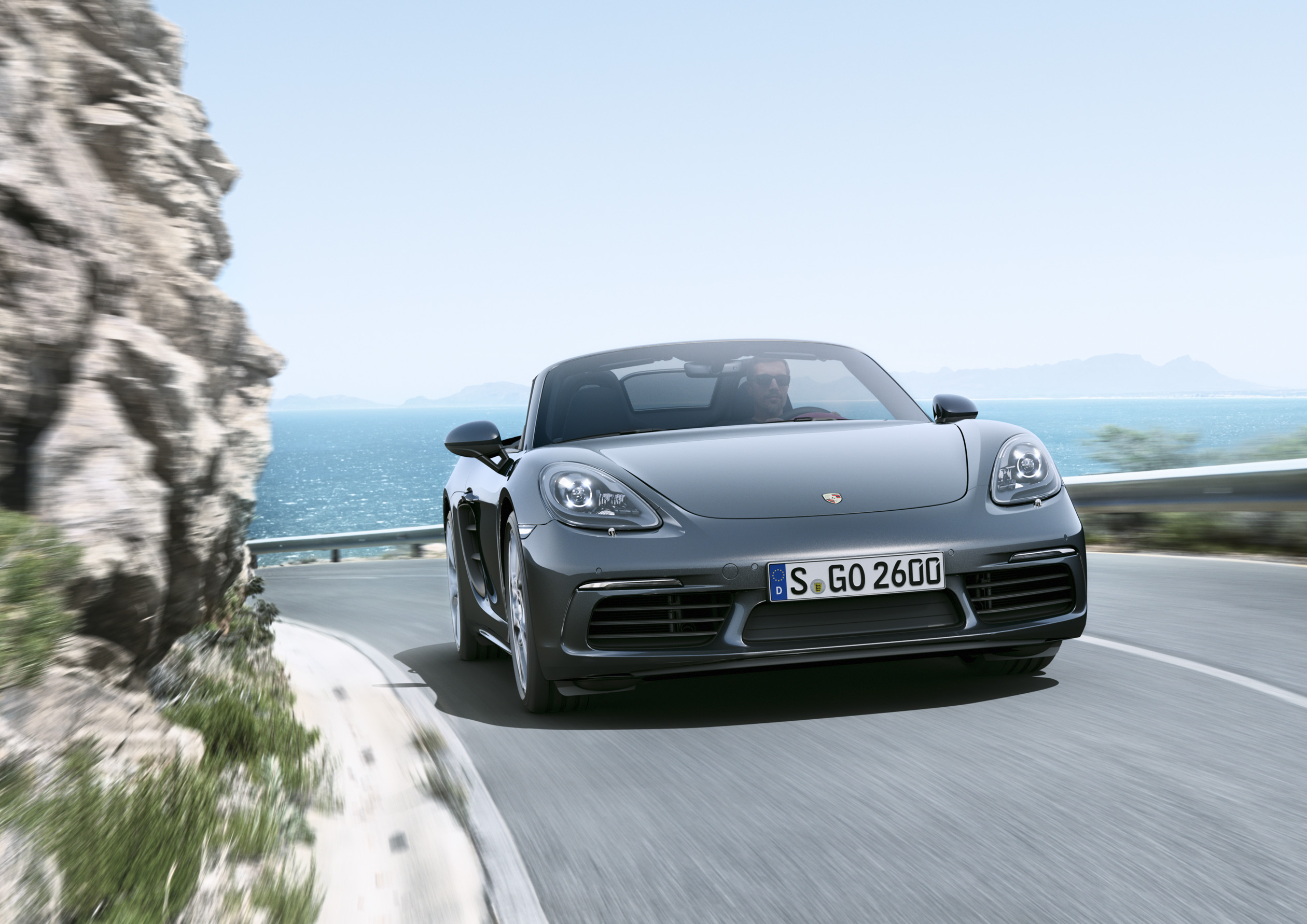 Porsche 718 Boxster - Dörd silindrli mühərriklərə malik yeni orta motorlu rodsterlər