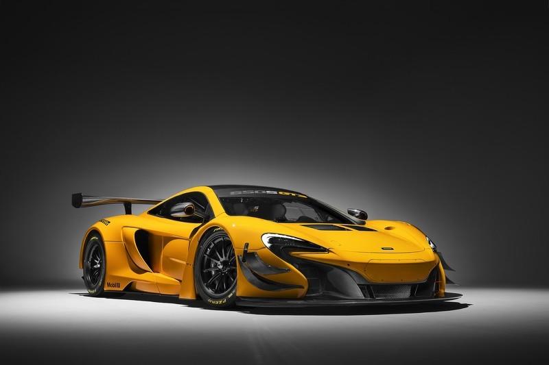 McLaren обновил суперкар 650S для гонок. Фото