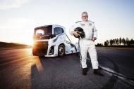 Самый быстрый грузовик в мире (видео)