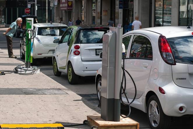 Azərbaycanda elektromobillərdən istifadə olunacaq - 2020-ci ildə